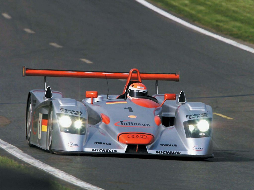Audi R8 Lmp1 Photos Photo Gallery Page 2 Carsbase Com