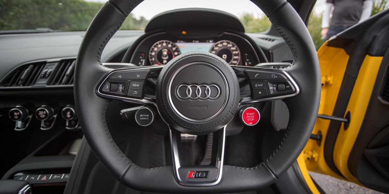 Audi R8 V10 photo 169939