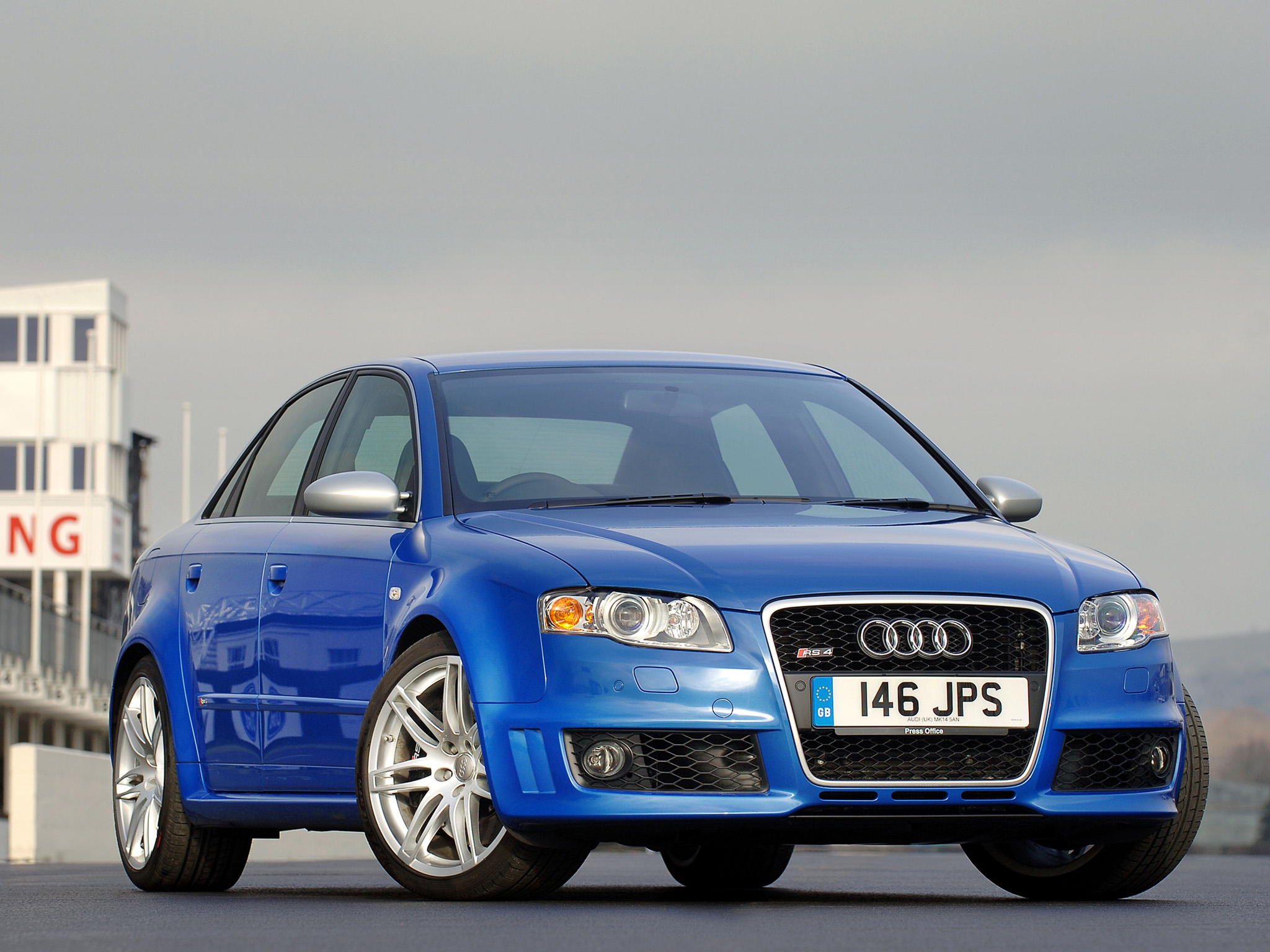 Audi RS4 picture # 98234 | Audi photo gallery | CarsBase.com