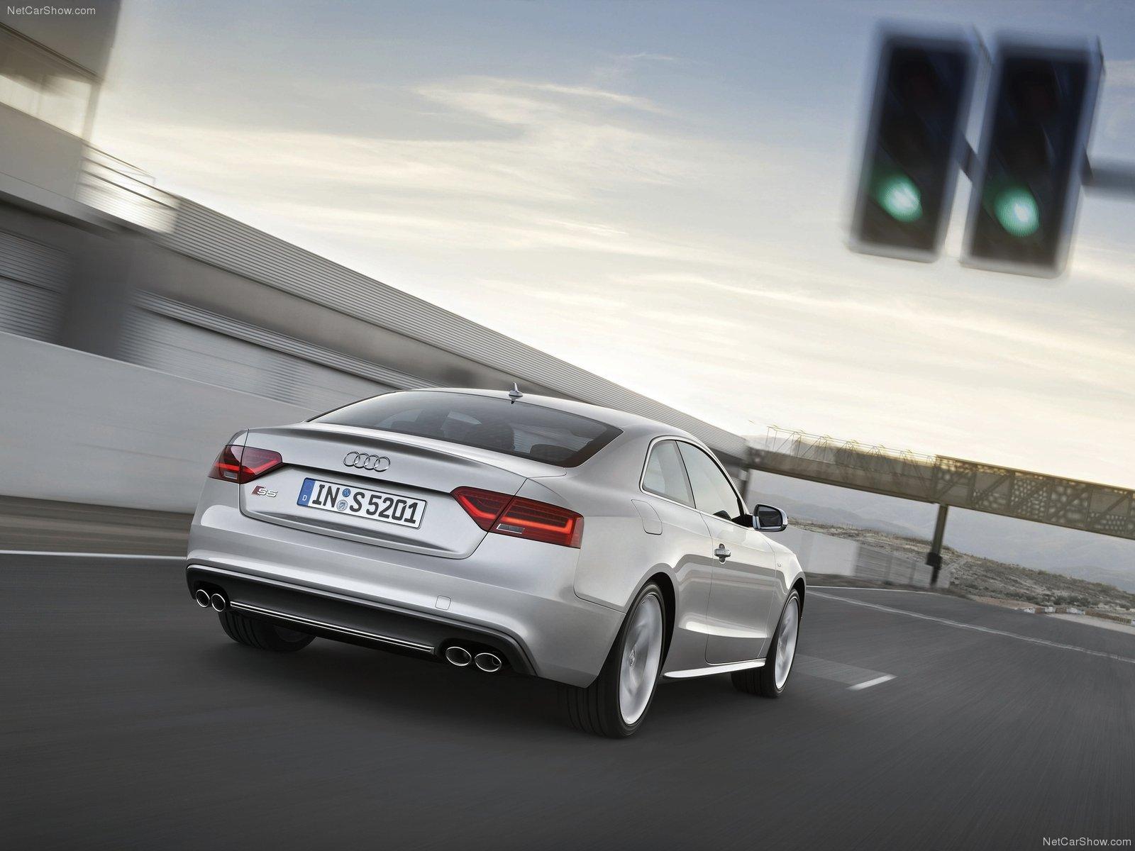 Audi S5 photo 82326