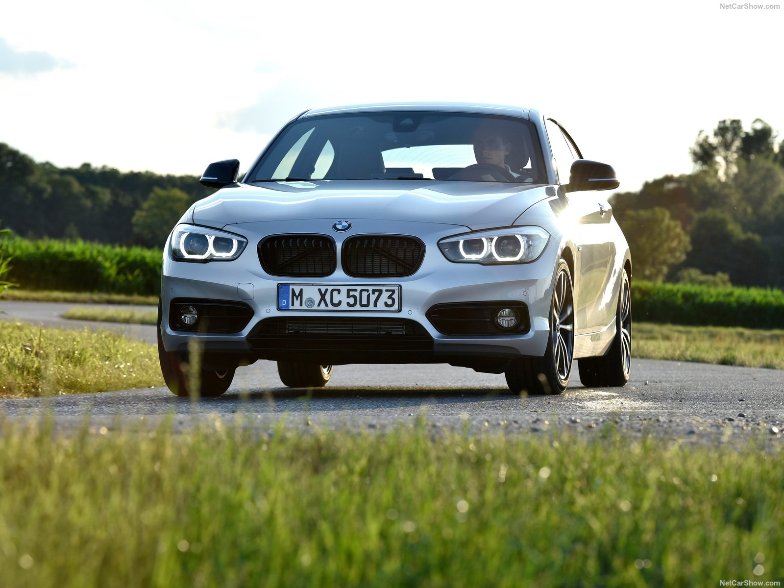 bmw 1 series 3 door e81 picture 180368 bmw photo gallery. Black Bedroom Furniture Sets. Home Design Ideas