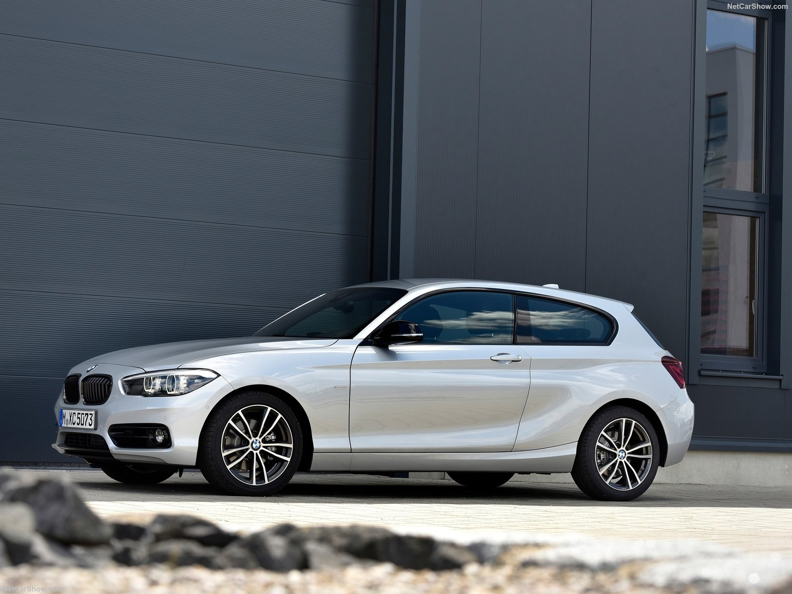 BMW 1-series 3-door E81 photo 180369