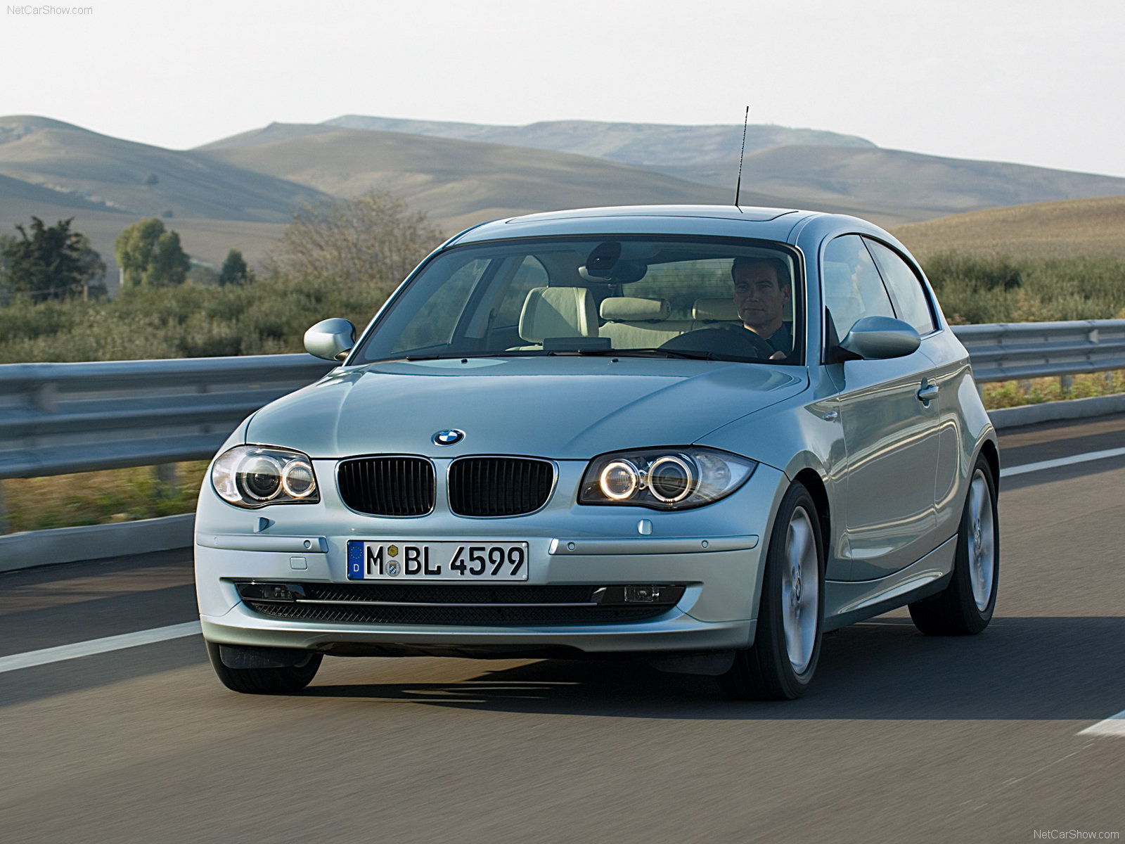 bmw 1 series 3 door e81 picture 40889 bmw photo gallery. Black Bedroom Furniture Sets. Home Design Ideas
