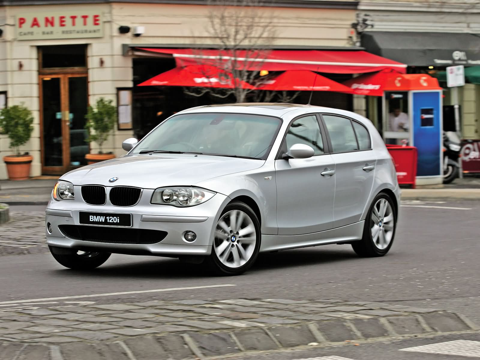 bmw 1 series 5 door e87 picture 14966 bmw photo gallery. Black Bedroom Furniture Sets. Home Design Ideas