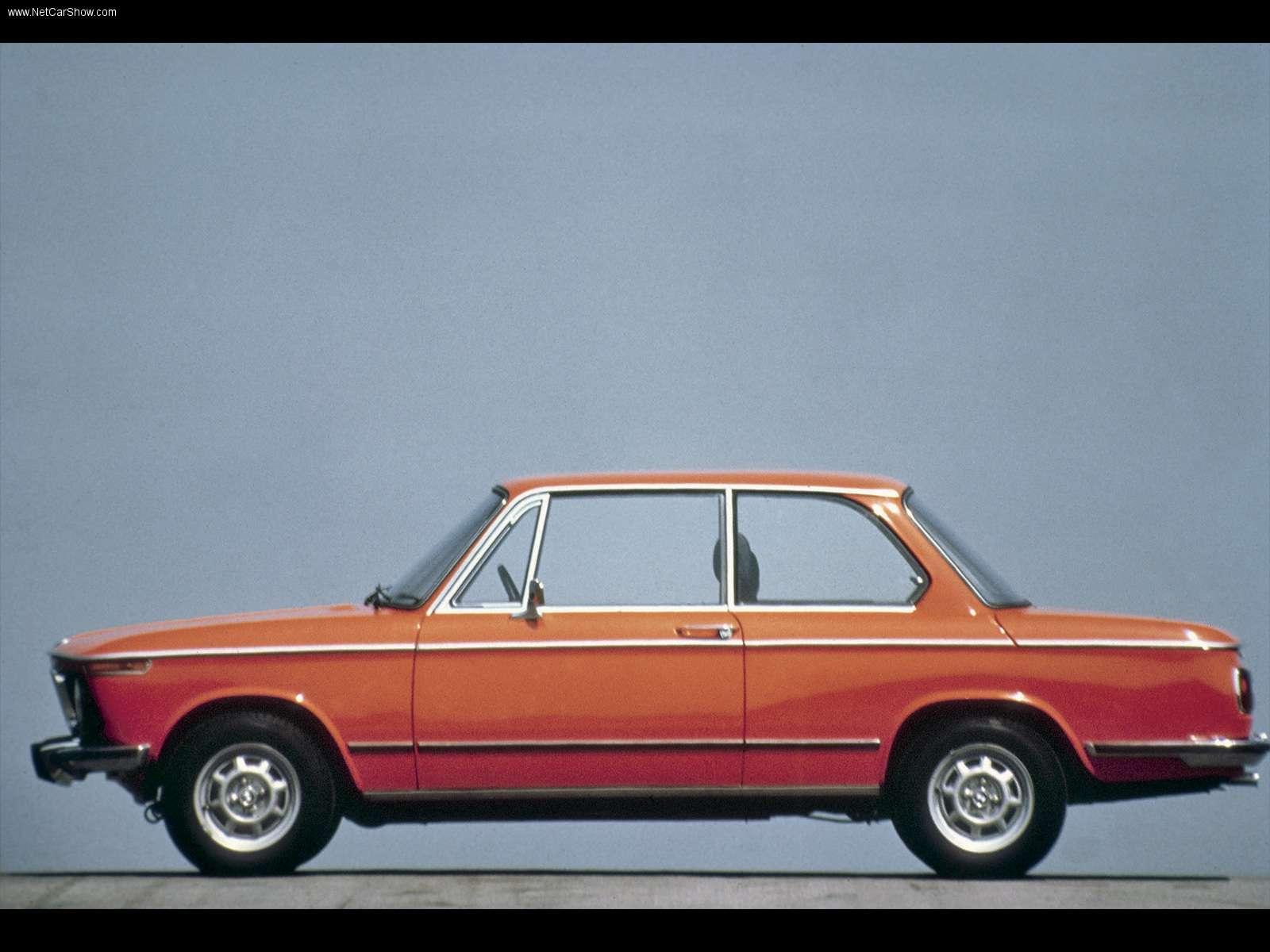 New bmw 2002 pictures