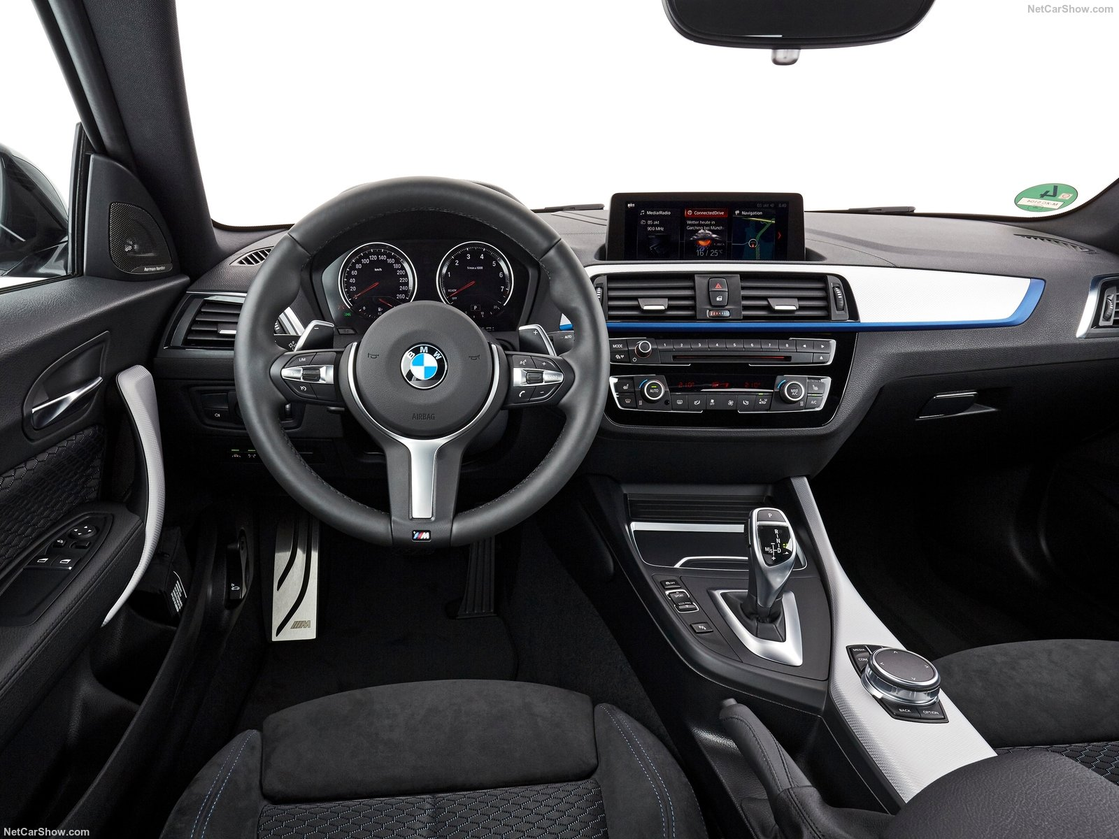 BMW 2-Series Coupe photo 180425