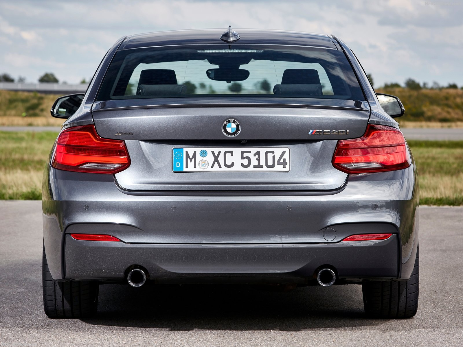 BMW 2-Series Coupe photo 180426