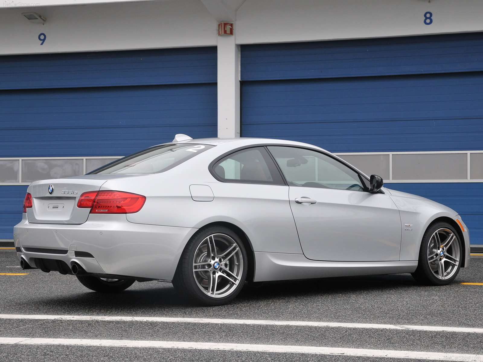 BMW Is Coupe Photos PhotoGallery With Pics CarsBasecom - 2012 bmw 335is