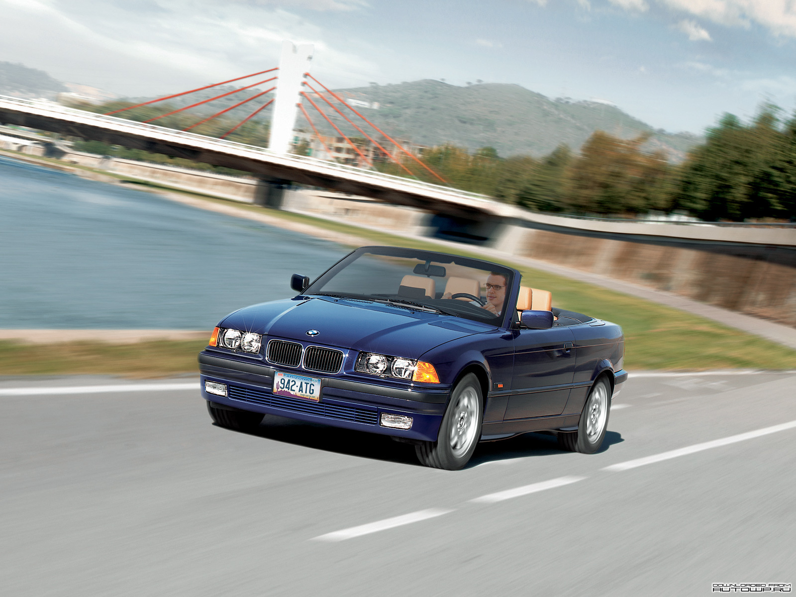 bmw 3 series e36 cabrio photos photogallery with 16 pics. Black Bedroom Furniture Sets. Home Design Ideas
