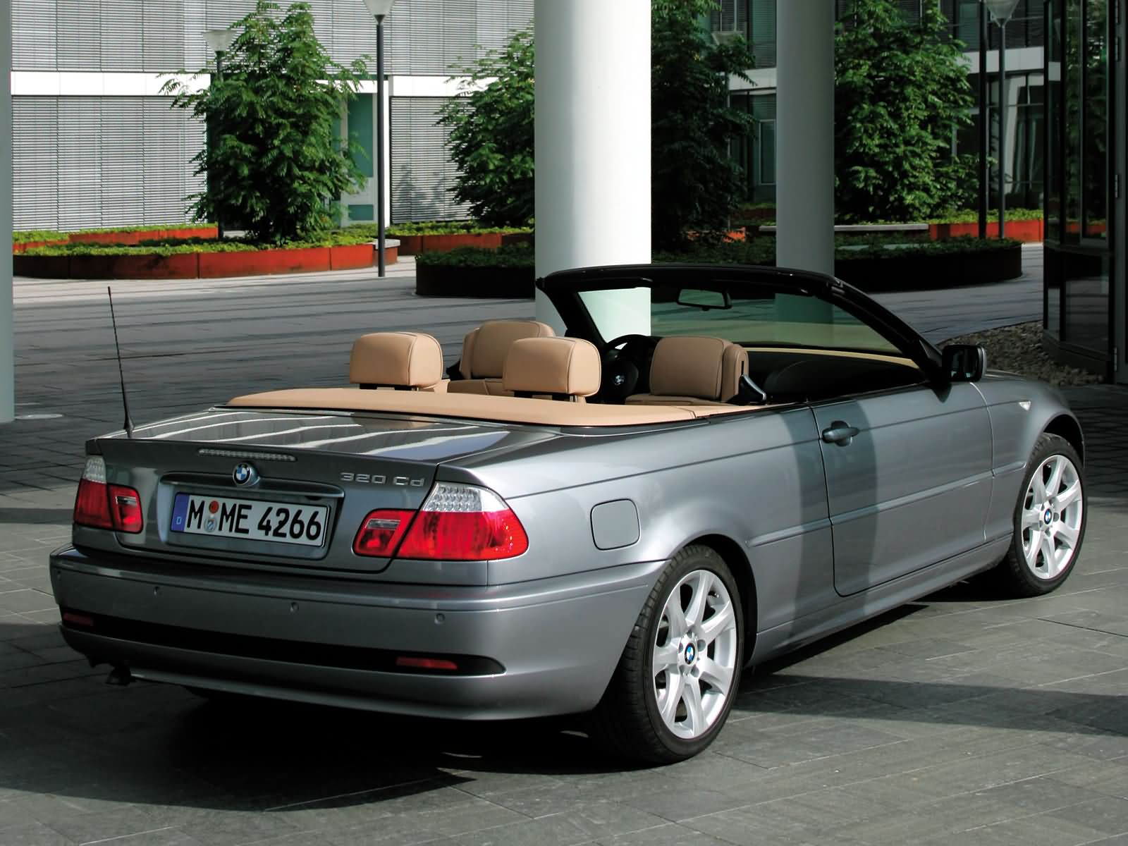bmw 3 series e46 convertible photos photogallery with 24 pics. Black Bedroom Furniture Sets. Home Design Ideas
