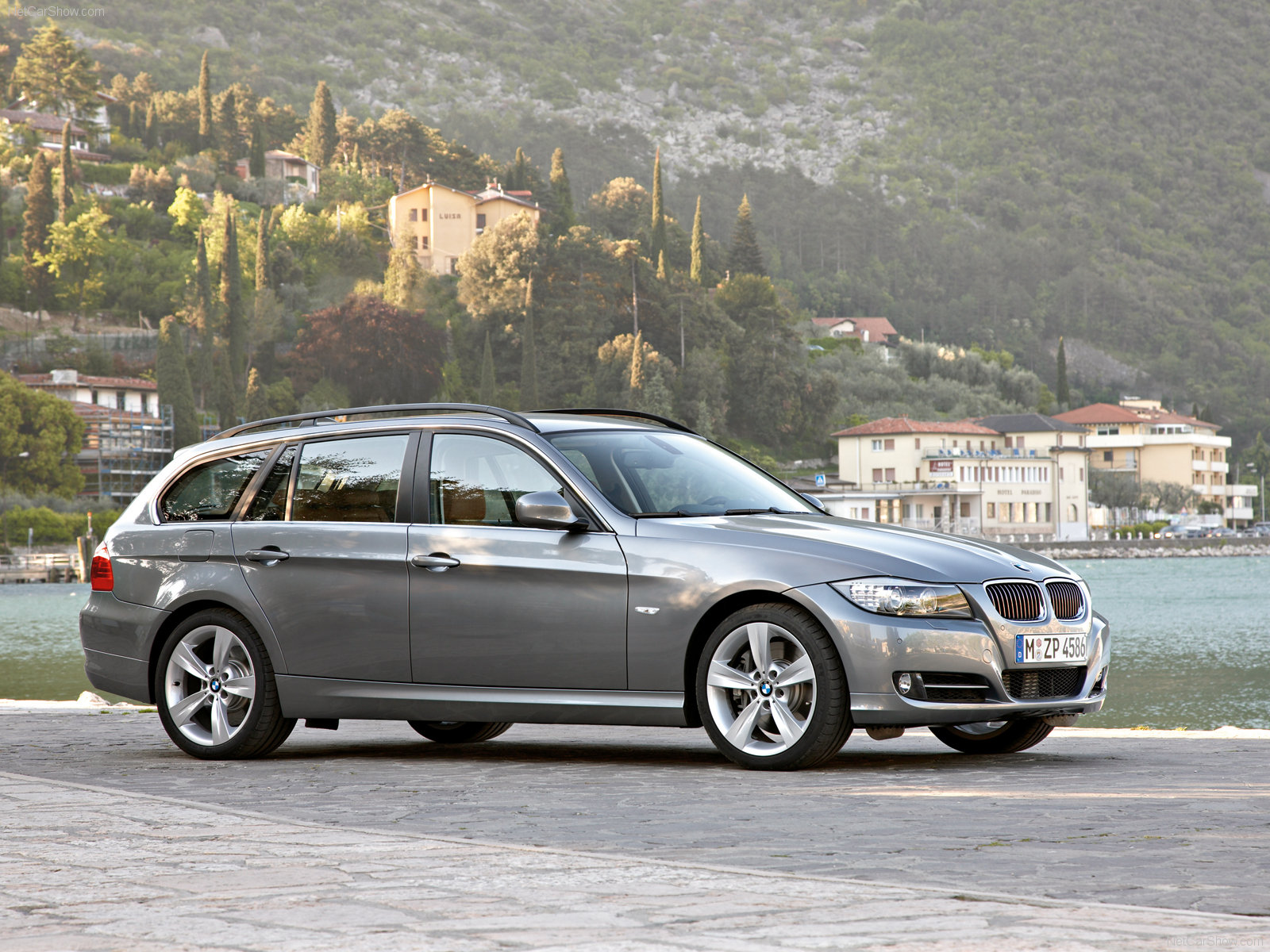 bmw 3 series e91 touring picture 56571 bmw photo gallery. Black Bedroom Furniture Sets. Home Design Ideas