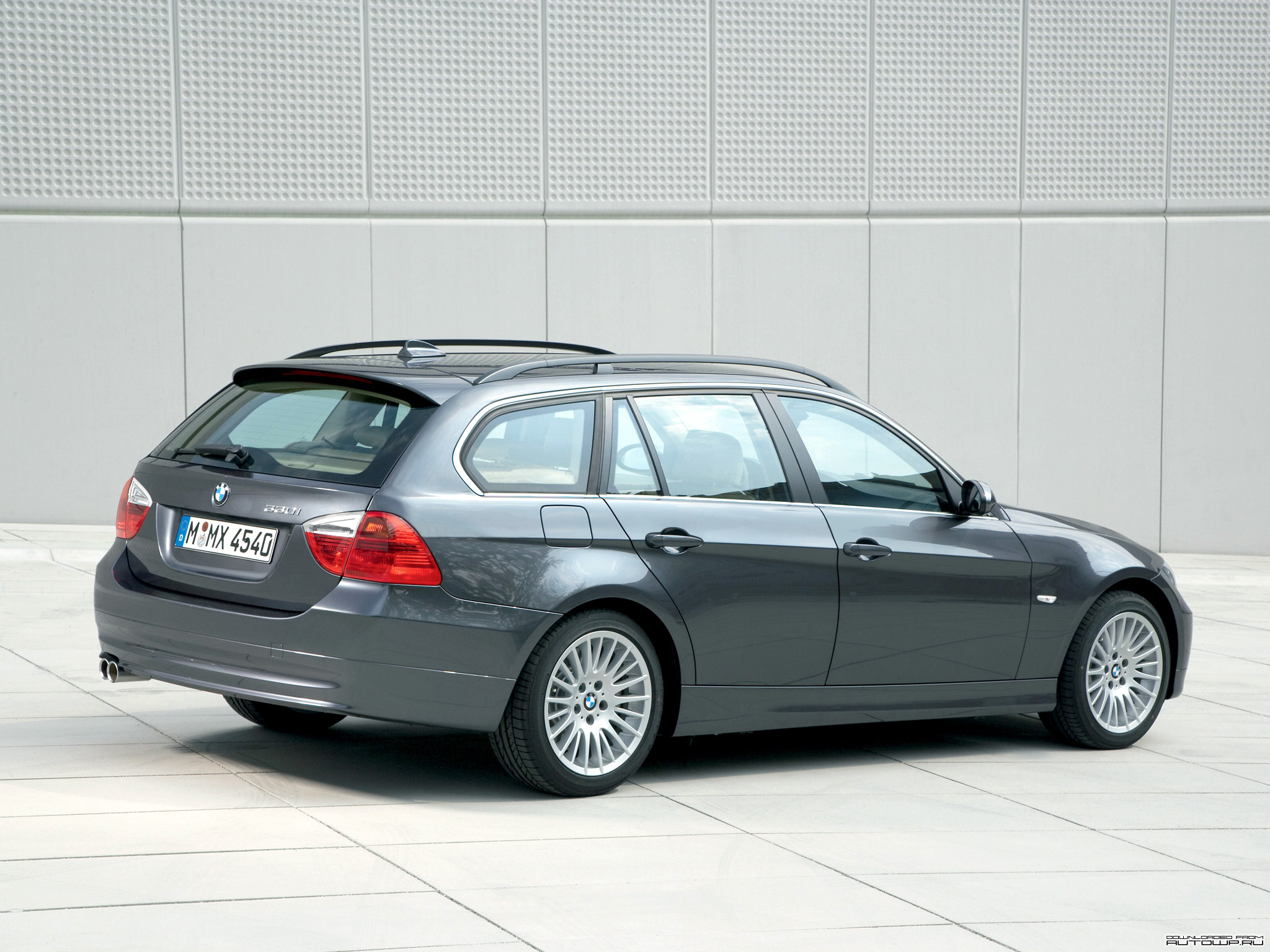 BMW 3-series E91 Touring photos - PhotoGallery with 61 ...
