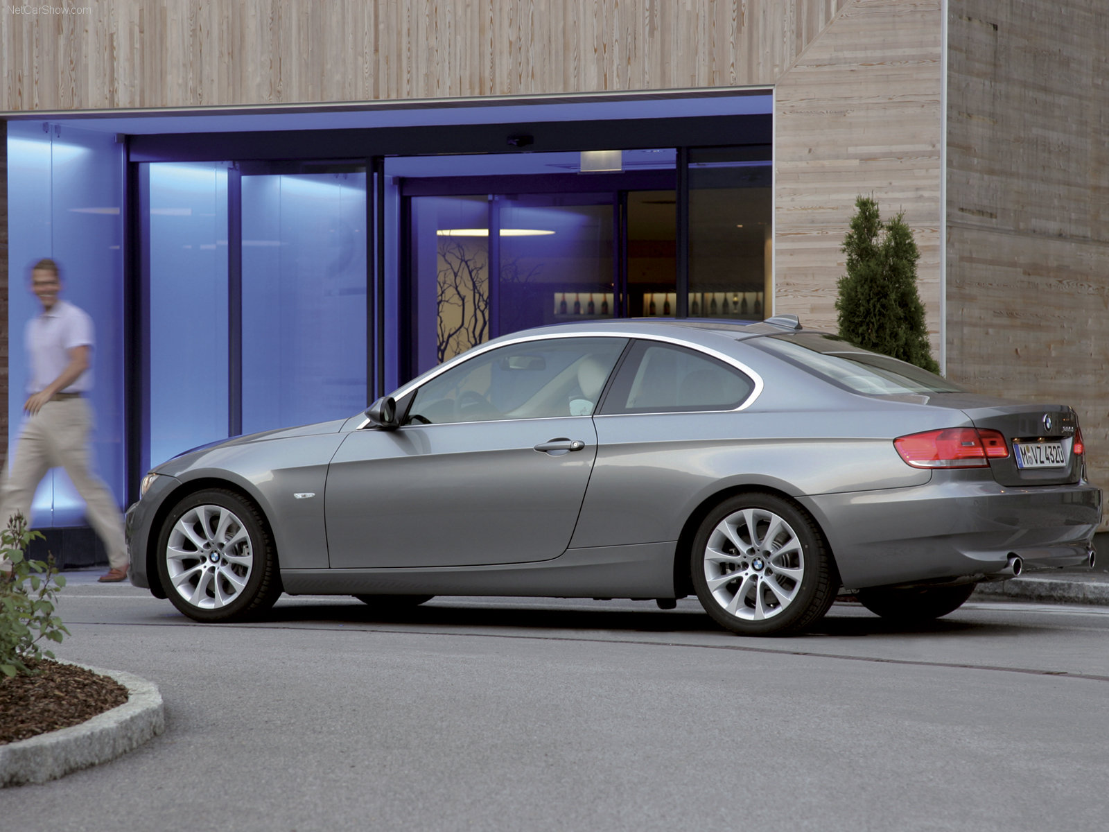 bmw 3 series e92 coupe picture 61697 bmw photo gallery. Black Bedroom Furniture Sets. Home Design Ideas