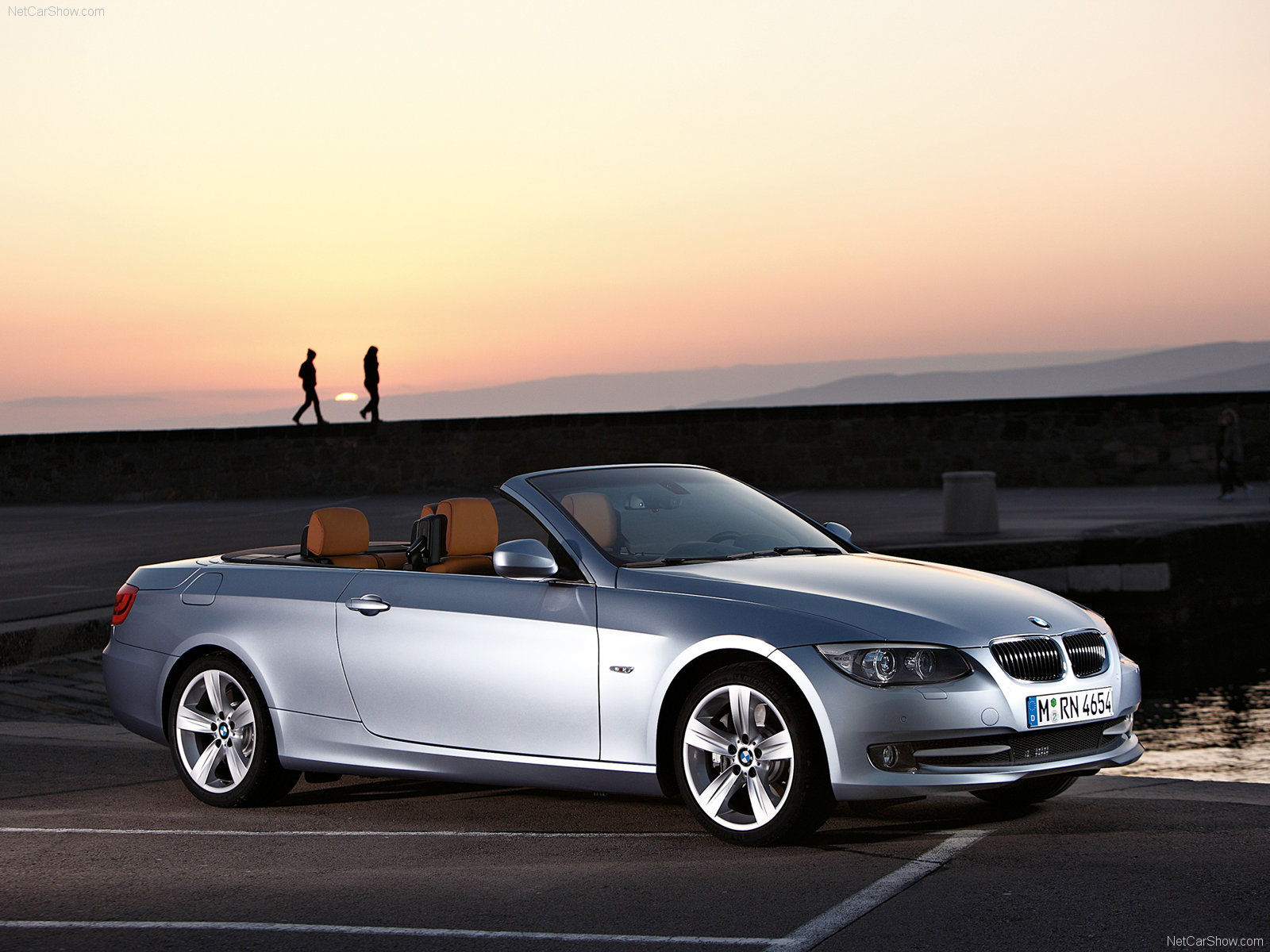 Bmw 3 series convertible front angle road  № 850474 без смс