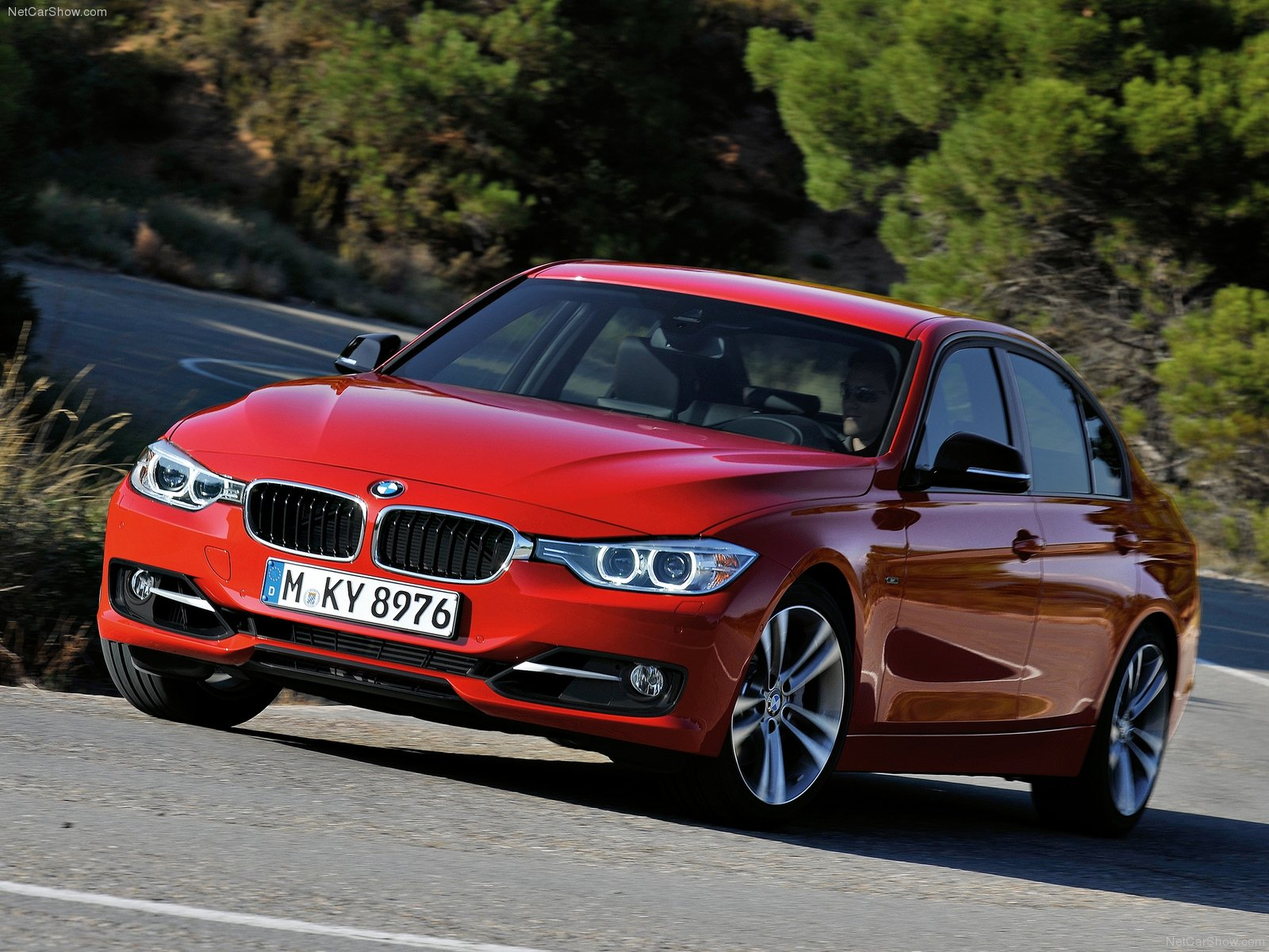 bmw 3 series f30 photos photogallery with 94 pics. Black Bedroom Furniture Sets. Home Design Ideas