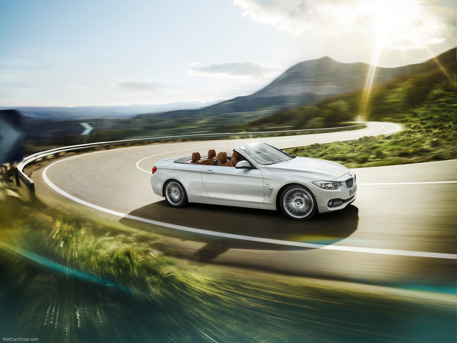 BMW 4Series Convertible photos  PhotoGallery with 16 pics