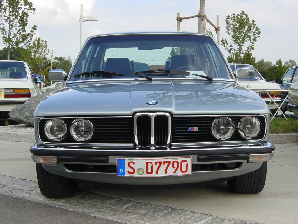 BMW 5-series E12 photos - PhotoGallery with 41 pics ...