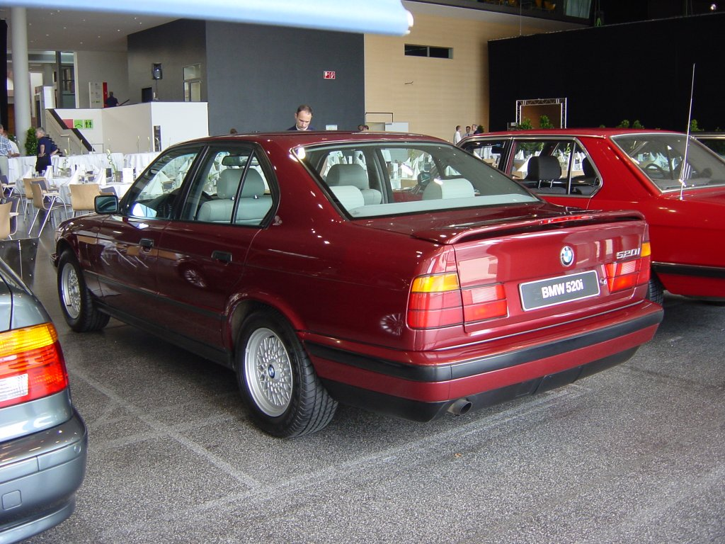 BMW 5-series E34 photos - PhotoGallery with 13 pics ...