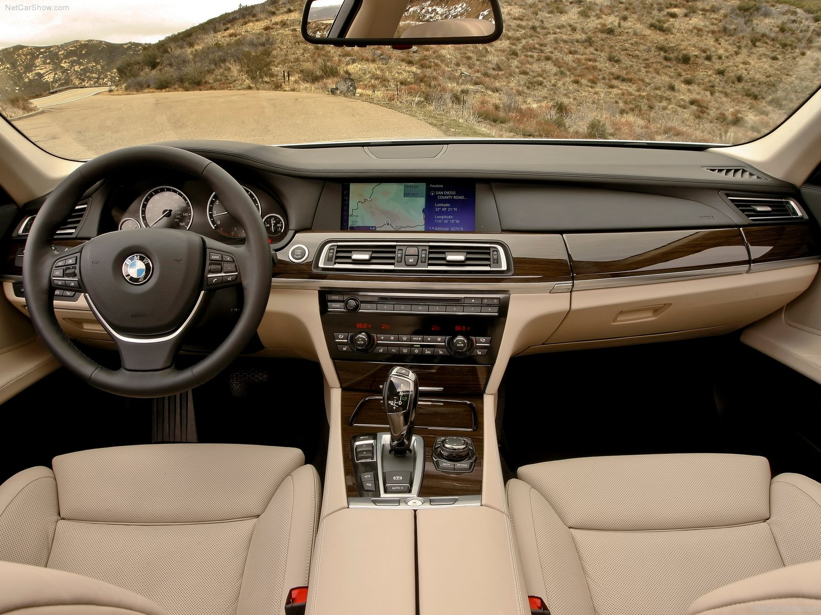 BMW 7 Series F01 F02 Photos