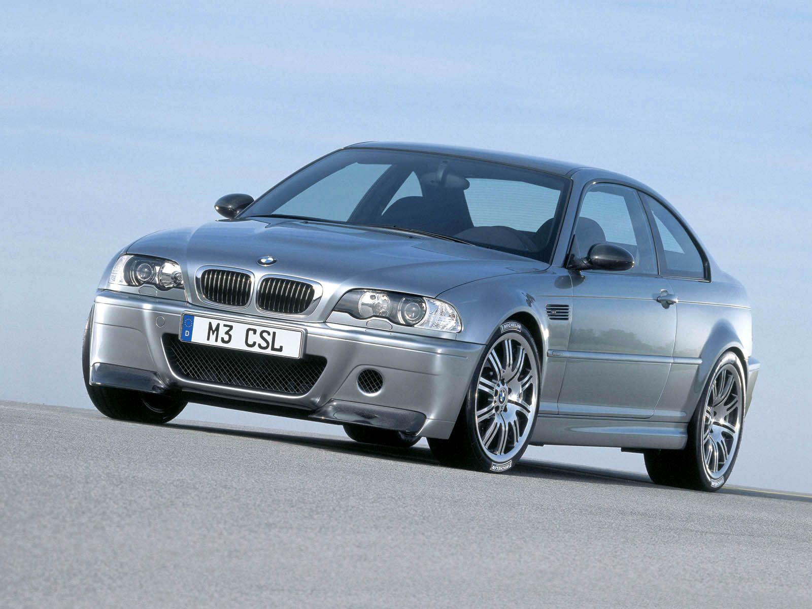 bmw m3 csl photos photogallery with 30 pics. Black Bedroom Furniture Sets. Home Design Ideas