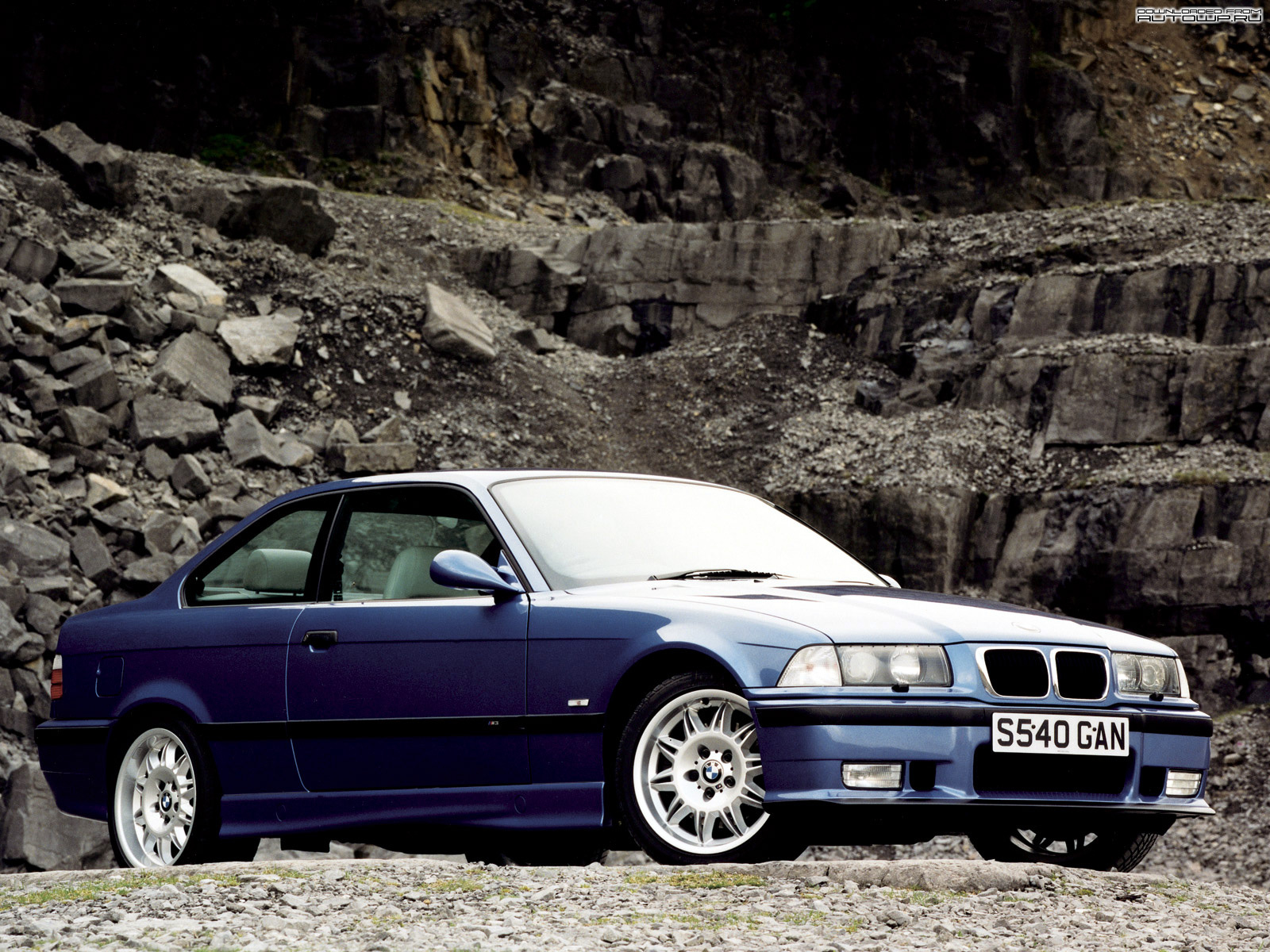 bmw m3 e36 photos photogallery with 21 pics. Black Bedroom Furniture Sets. Home Design Ideas