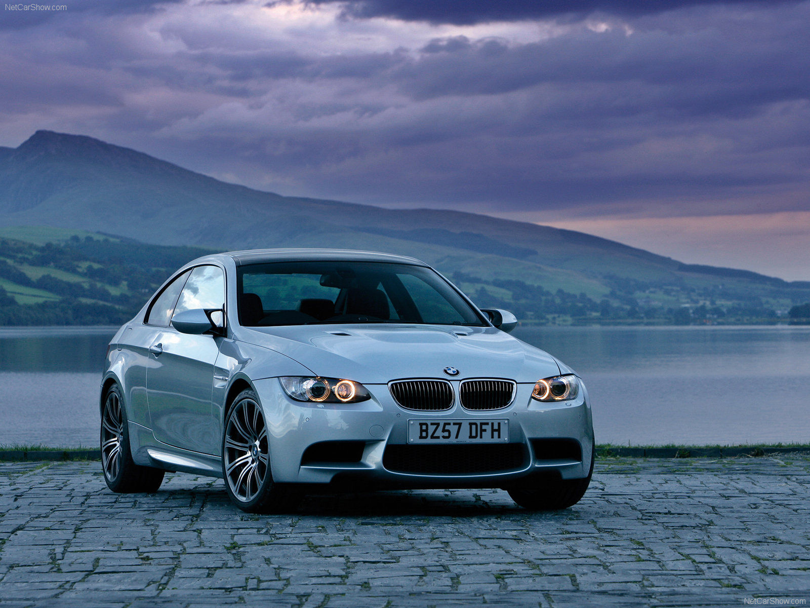 bmw m3 e92 coupe photos photo gallery page 3. Black Bedroom Furniture Sets. Home Design Ideas