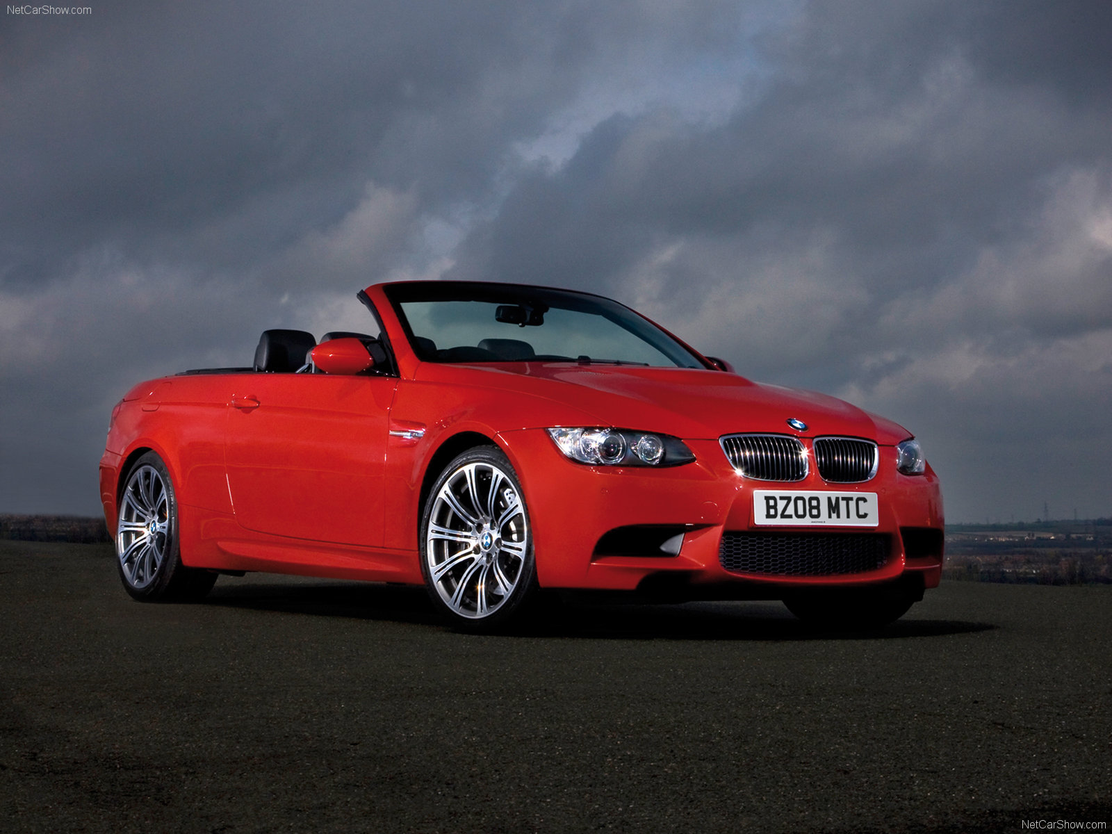 bmw m3 e93 convertible photos photogallery with 44 pics. Black Bedroom Furniture Sets. Home Design Ideas