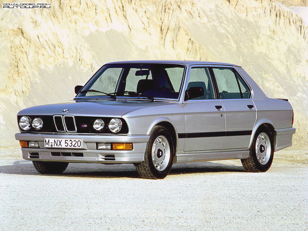 bmw m5 e28 photos photogallery with 15 pics. Black Bedroom Furniture Sets. Home Design Ideas