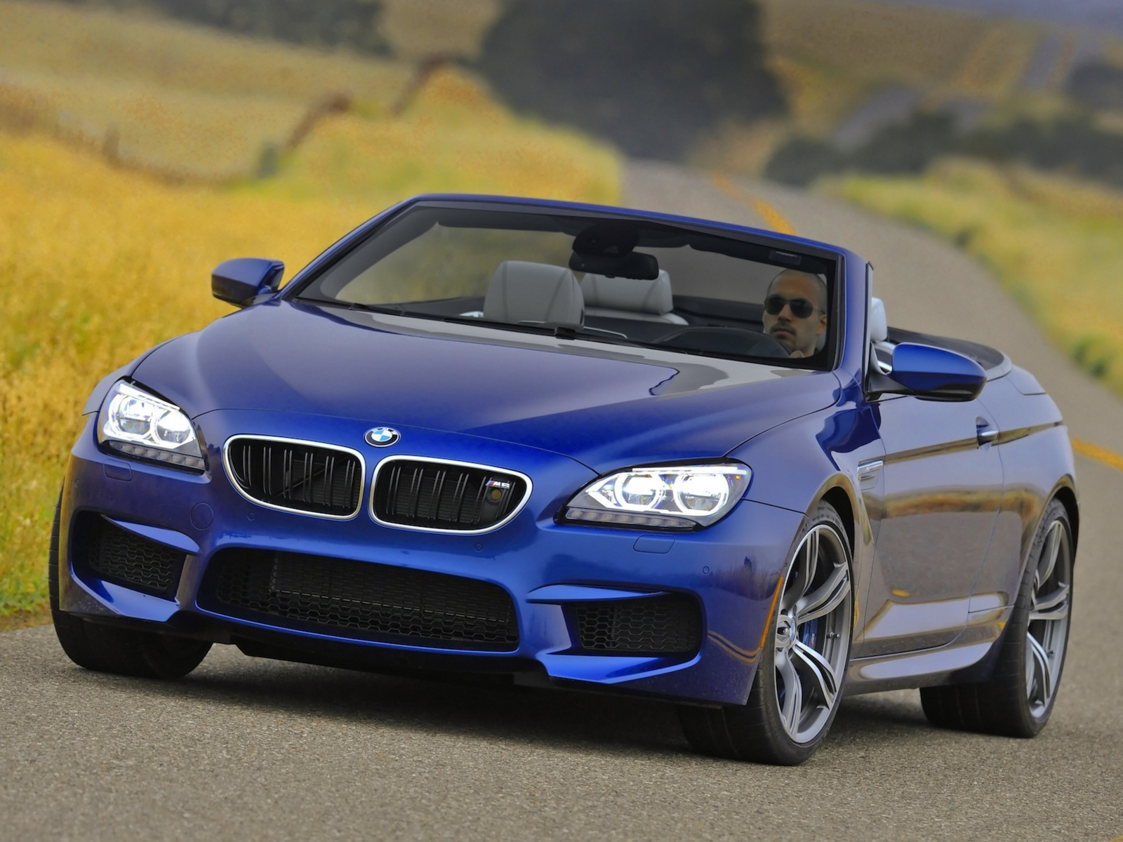 bmw m6 cabrio photos photogallery with 15 pics. Black Bedroom Furniture Sets. Home Design Ideas