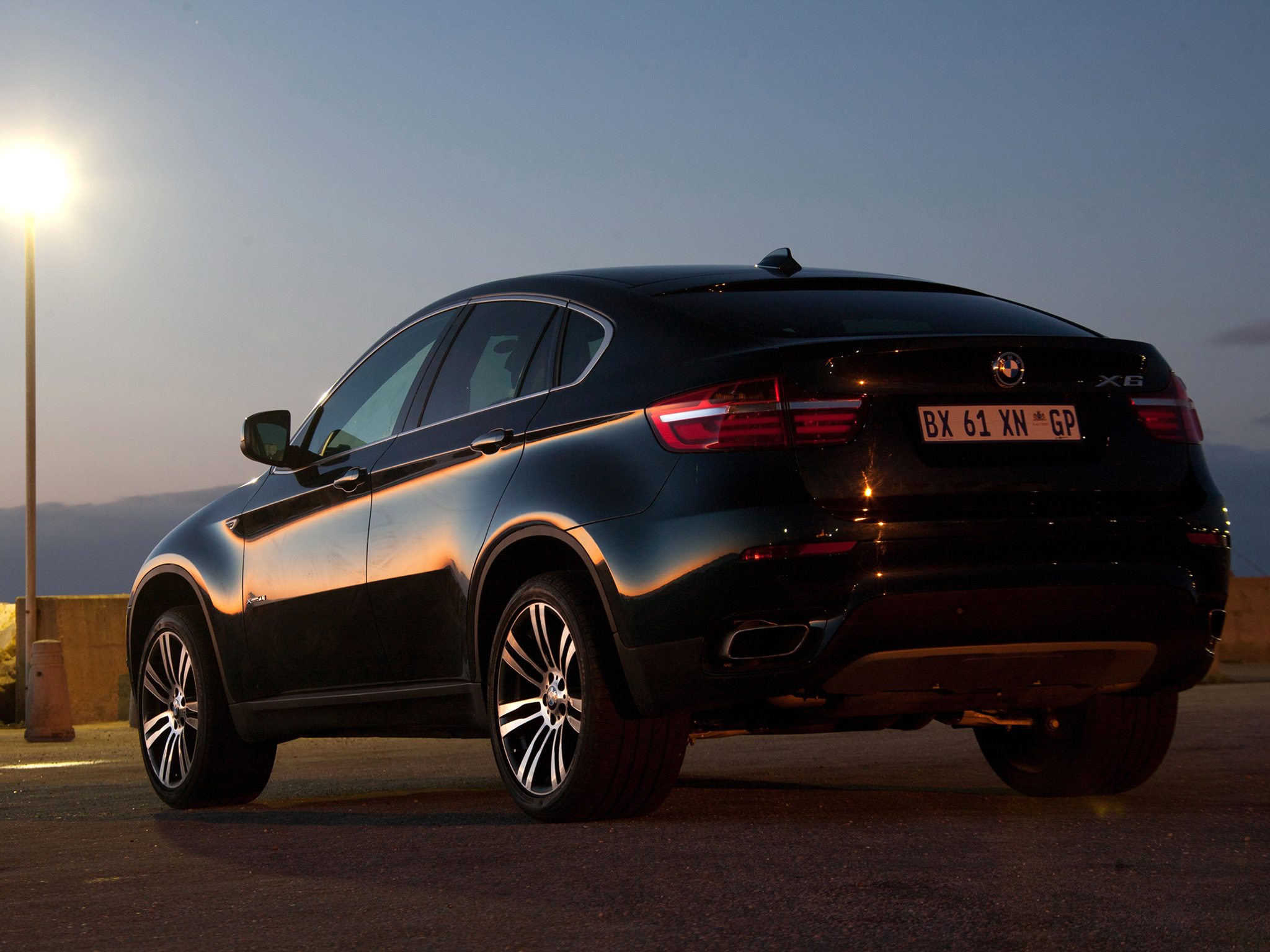 bmw x6 xdrive50i picture 94079 bmw photo gallery. Black Bedroom Furniture Sets. Home Design Ideas