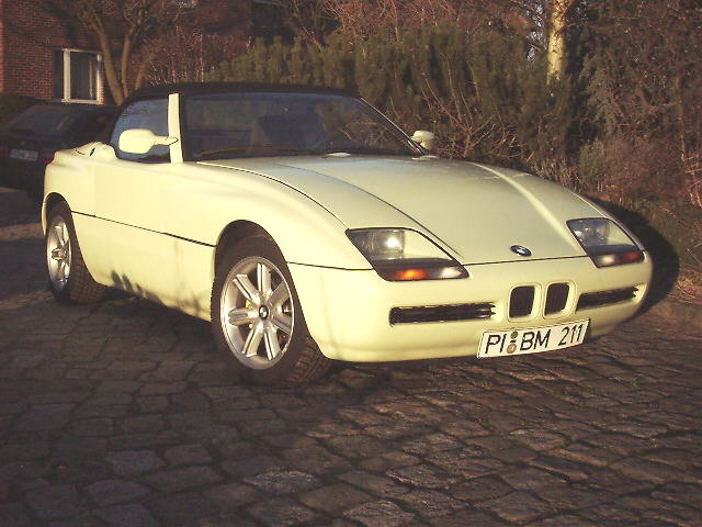 bmw z1 new model 1989 1991 bmw z1 roadster full scale clay model 1 photo 12 all bmw models. Black Bedroom Furniture Sets. Home Design Ideas