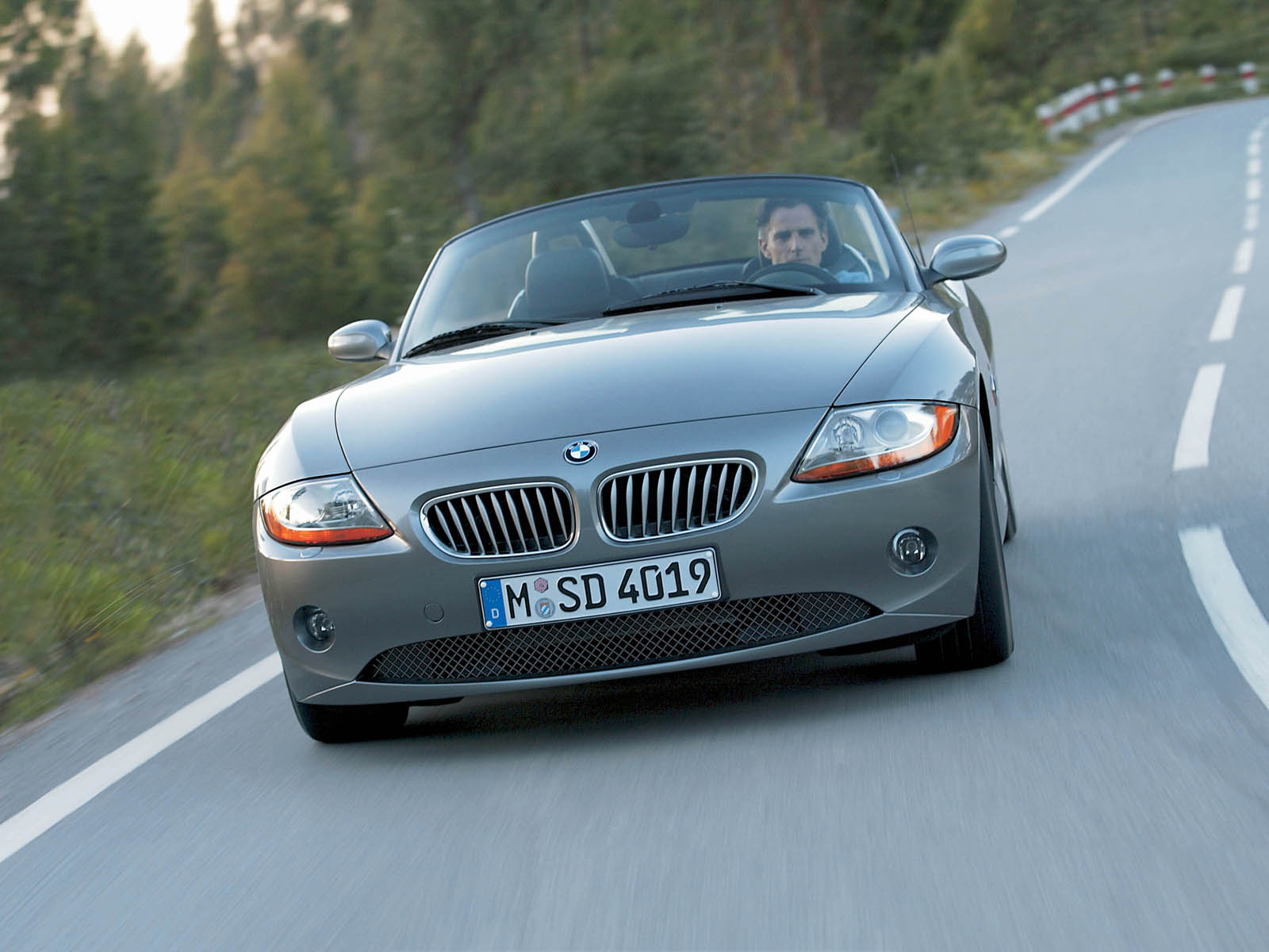 Bmw Z4 Photos Photogallery With 269 Pics Carsbase Com