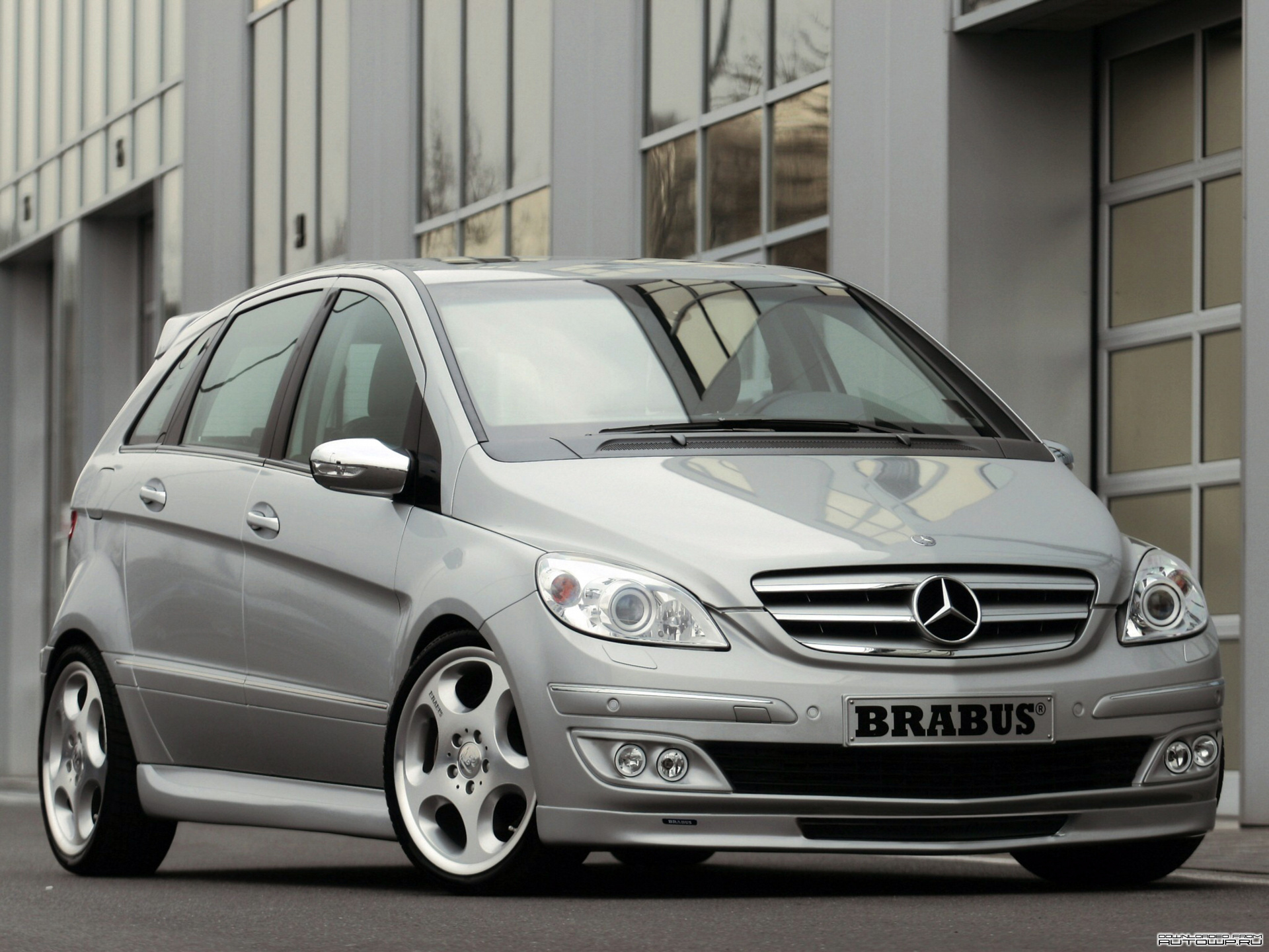 brabus b class w245 photos photogallery with 5 pics. Black Bedroom Furniture Sets. Home Design Ideas