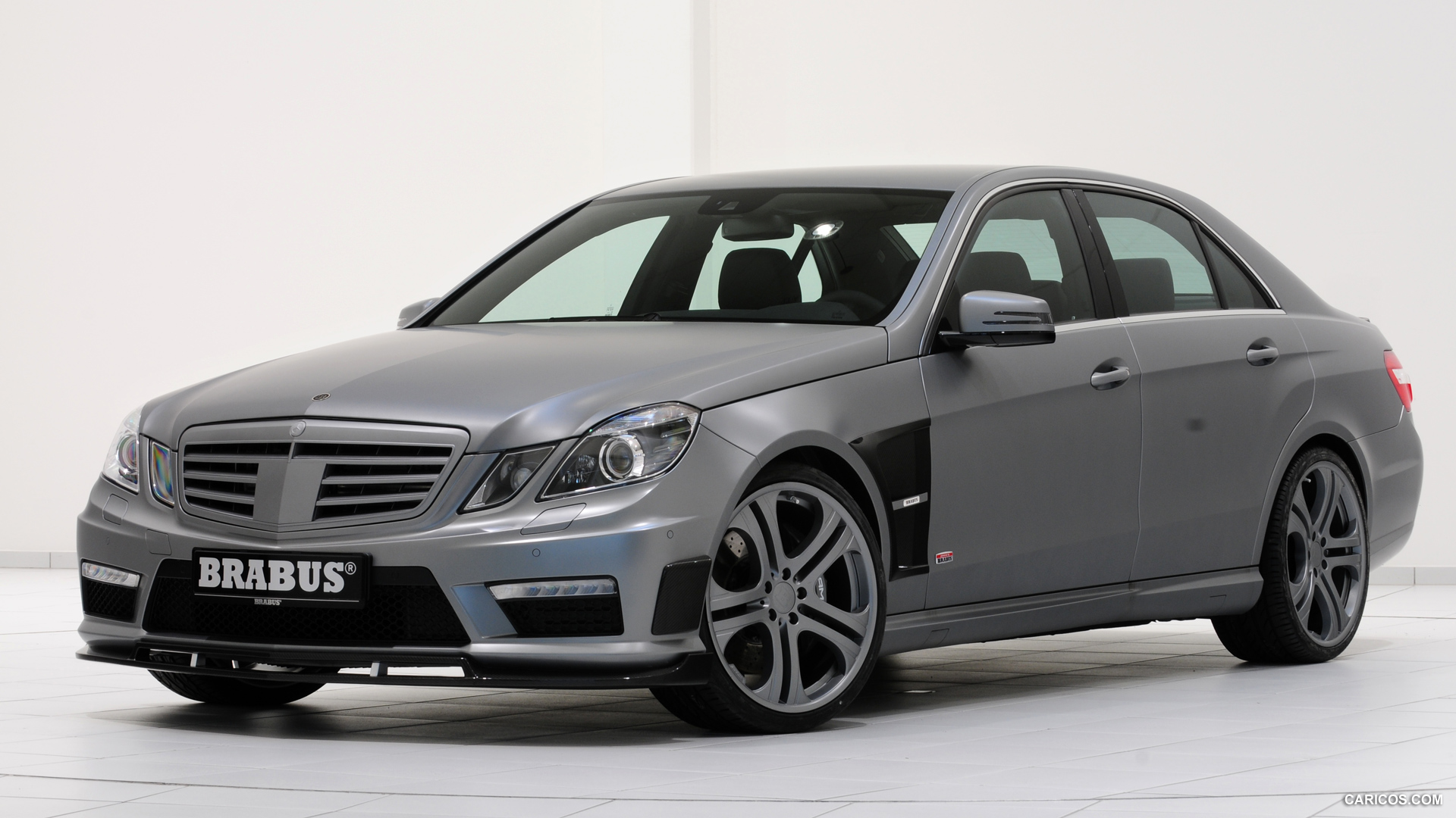 Brabus e63 amg photos photogallery with 13 pics for Mercedes a klasse amg interieur