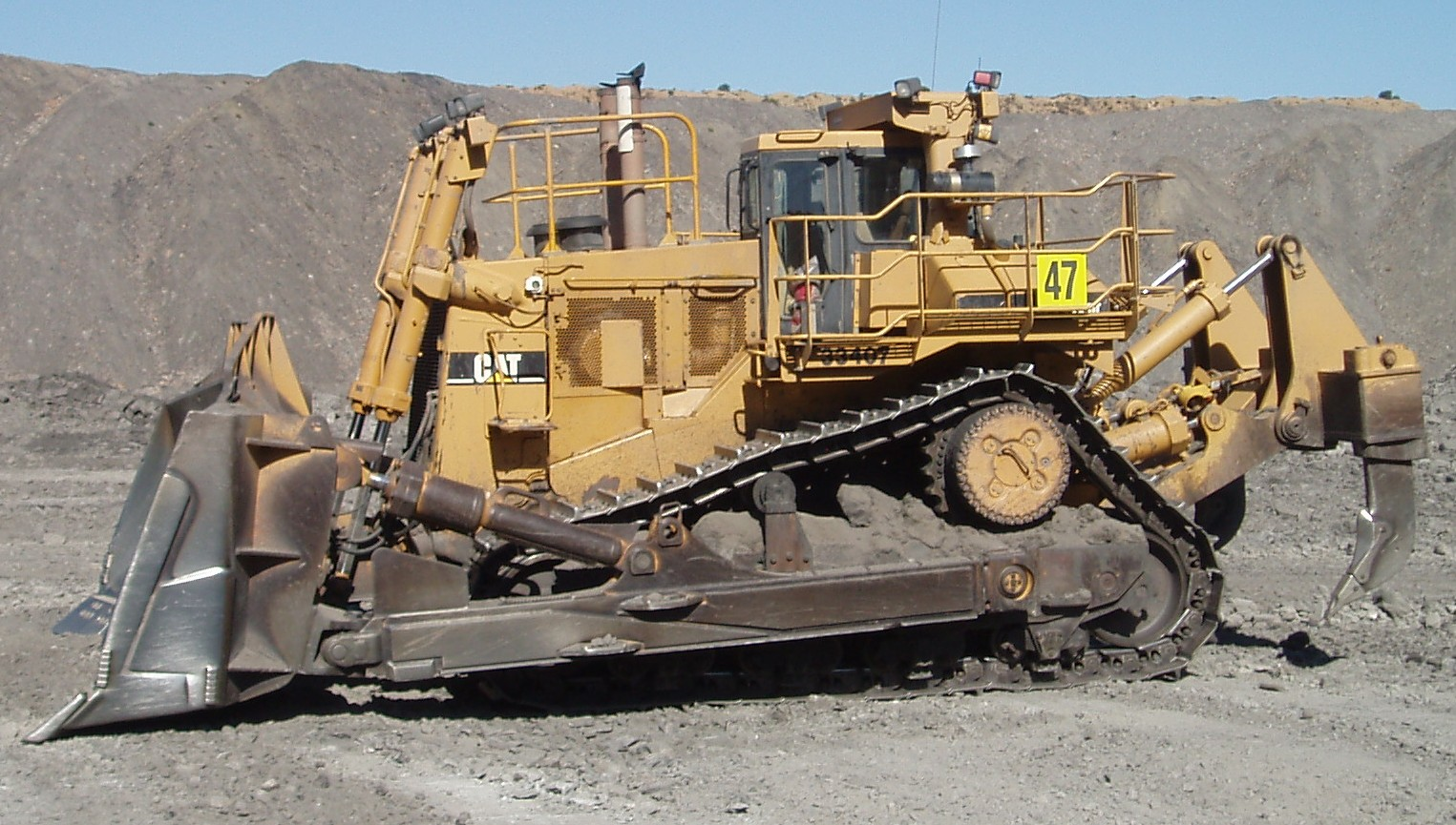Caterpillar D11n Photos Photogallery With 6 Pics
