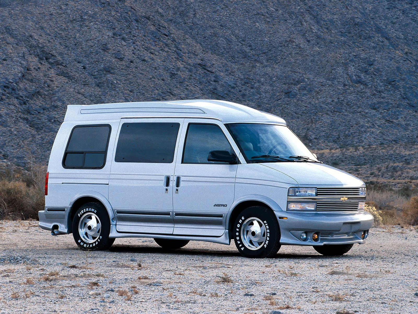 Chevrolet Astro Van Photos Photogallery With 11 Pics