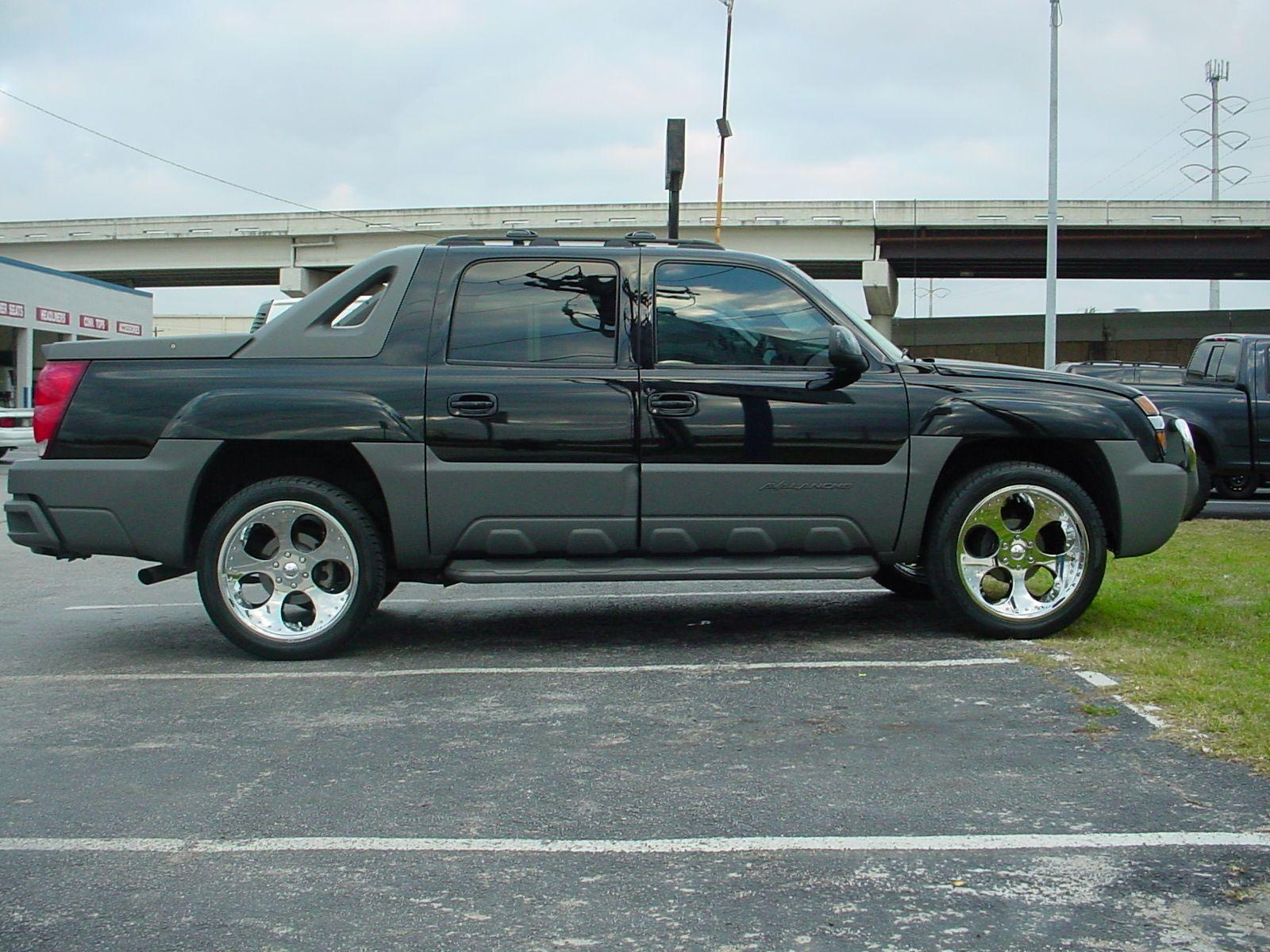 Chevrolet Avalanche photos - Photo Gallery Page #2 ...