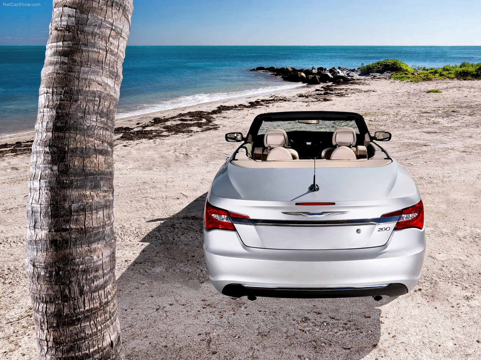 Chrysler 200 Convertible photo 77782