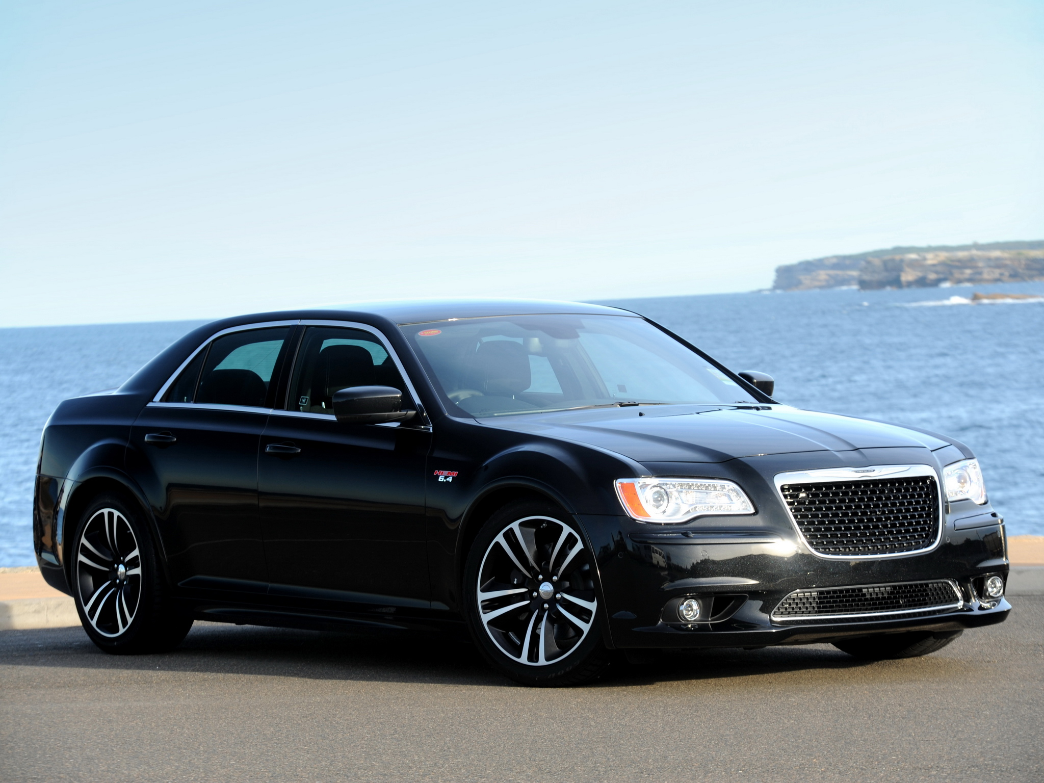 chrysler 300c srt 8 photos photogallery with 13 pics. Black Bedroom Furniture Sets. Home Design Ideas
