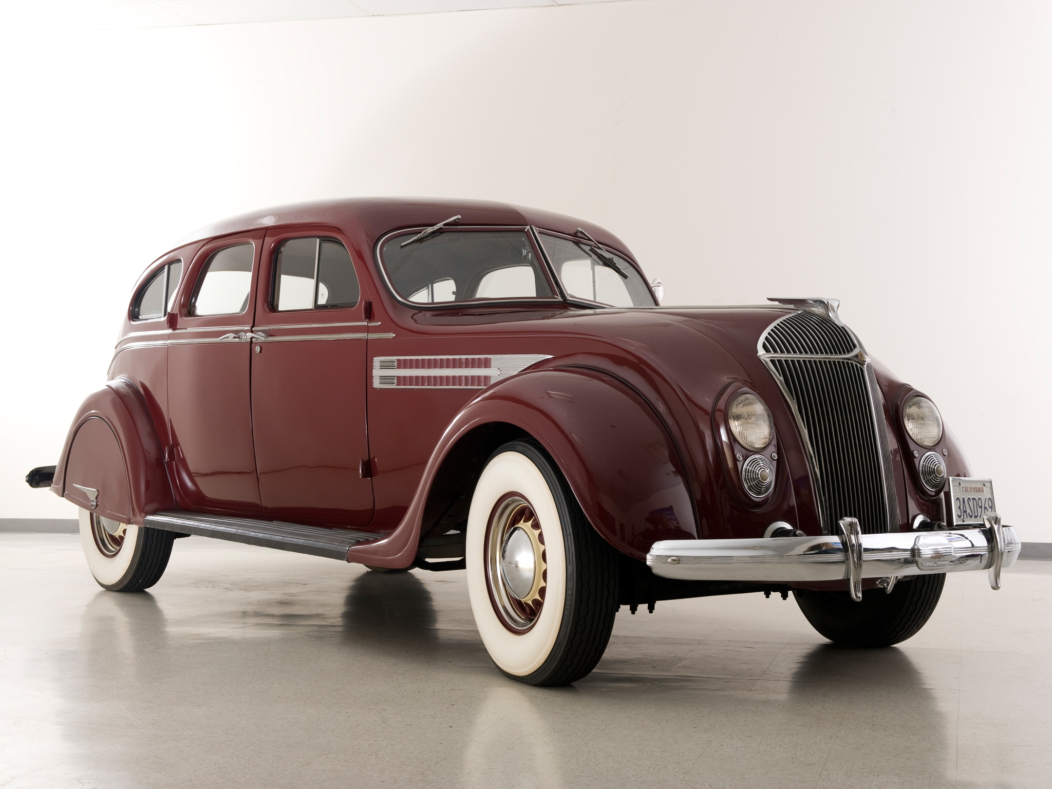 Chrysler Airflow Photos Photogallery With 18 Pics