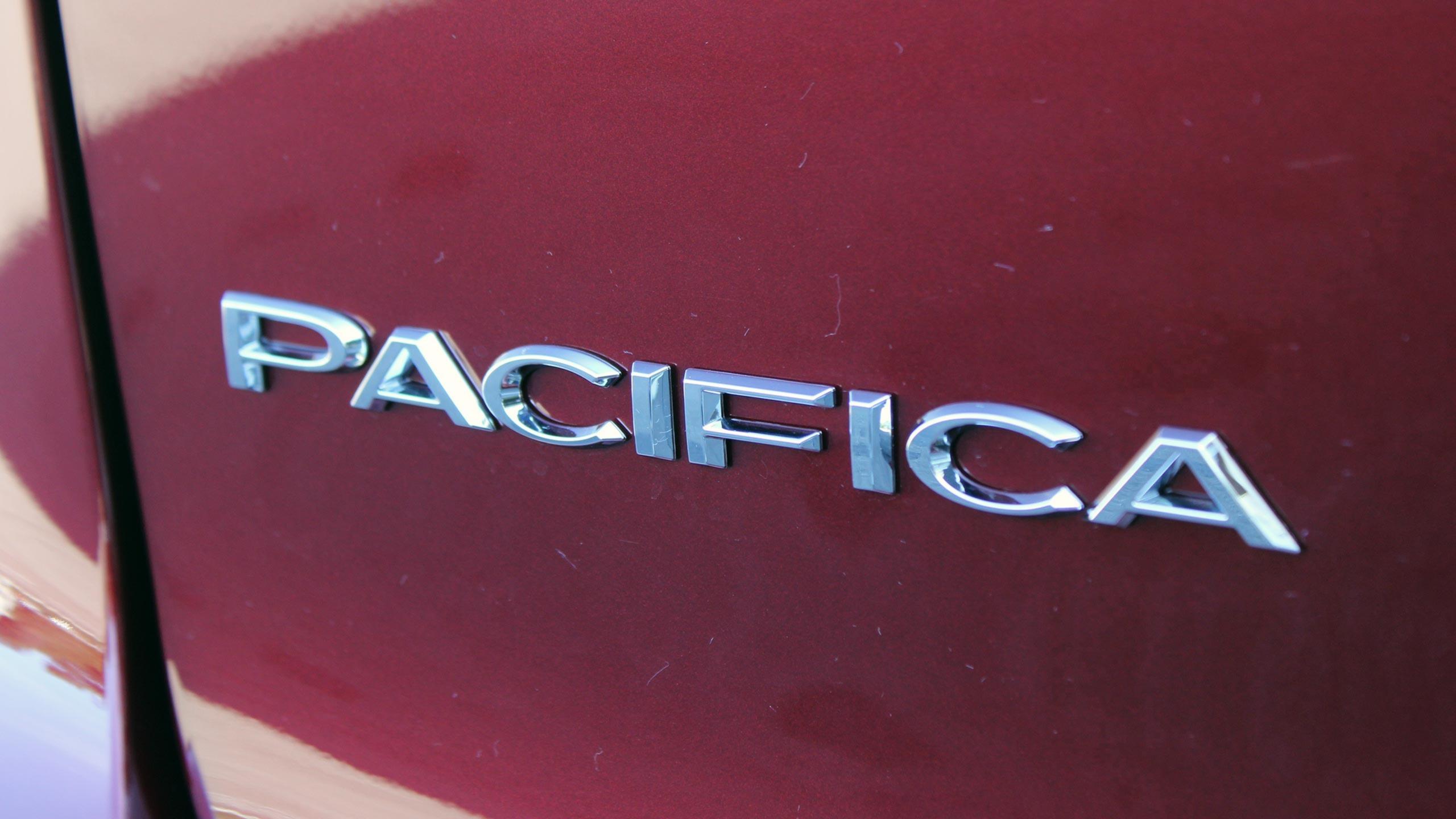 Chrysler Pacifica photo 170199