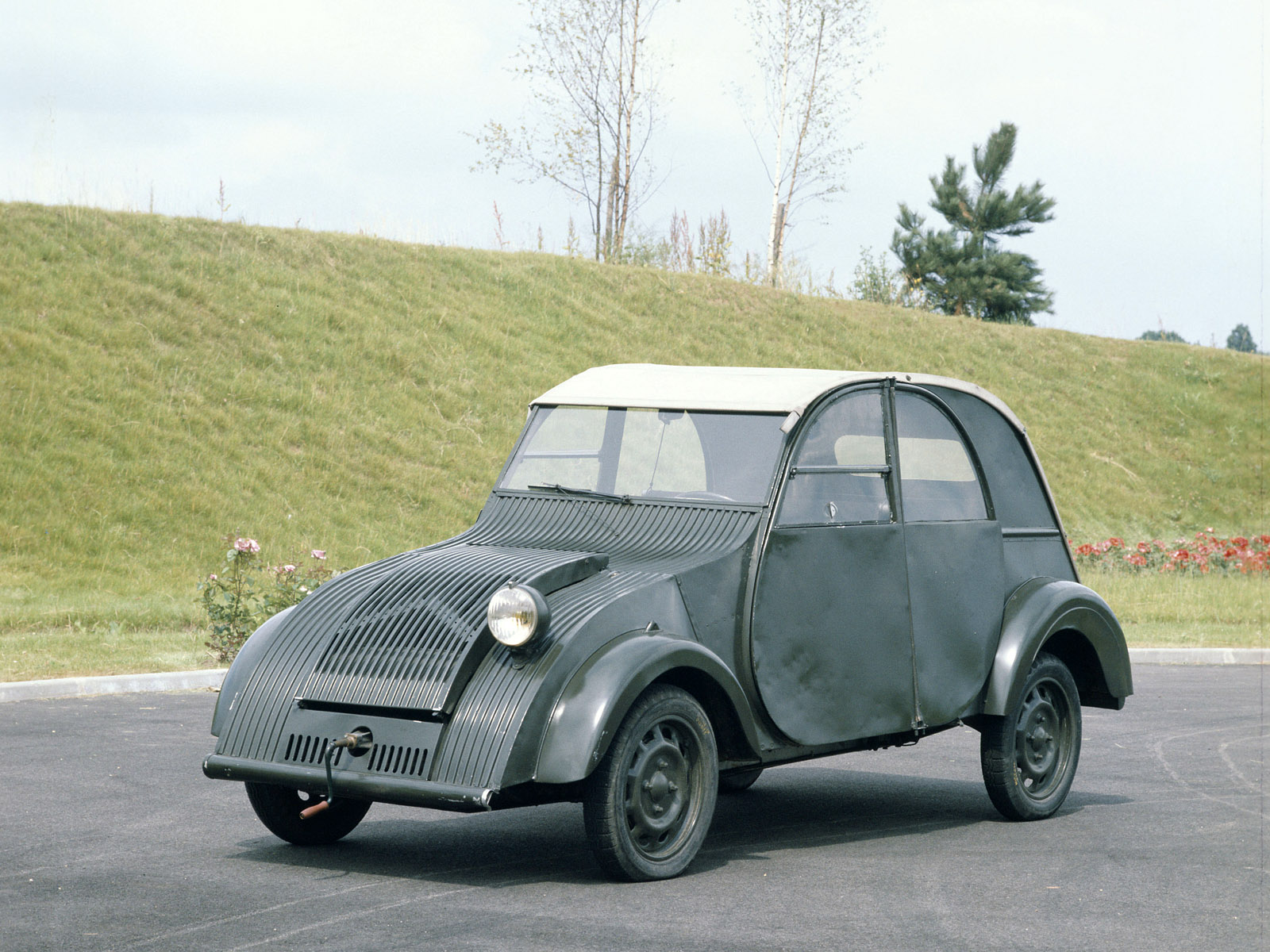 citroen 2cv picture 52120 citroen photo gallery. Black Bedroom Furniture Sets. Home Design Ideas