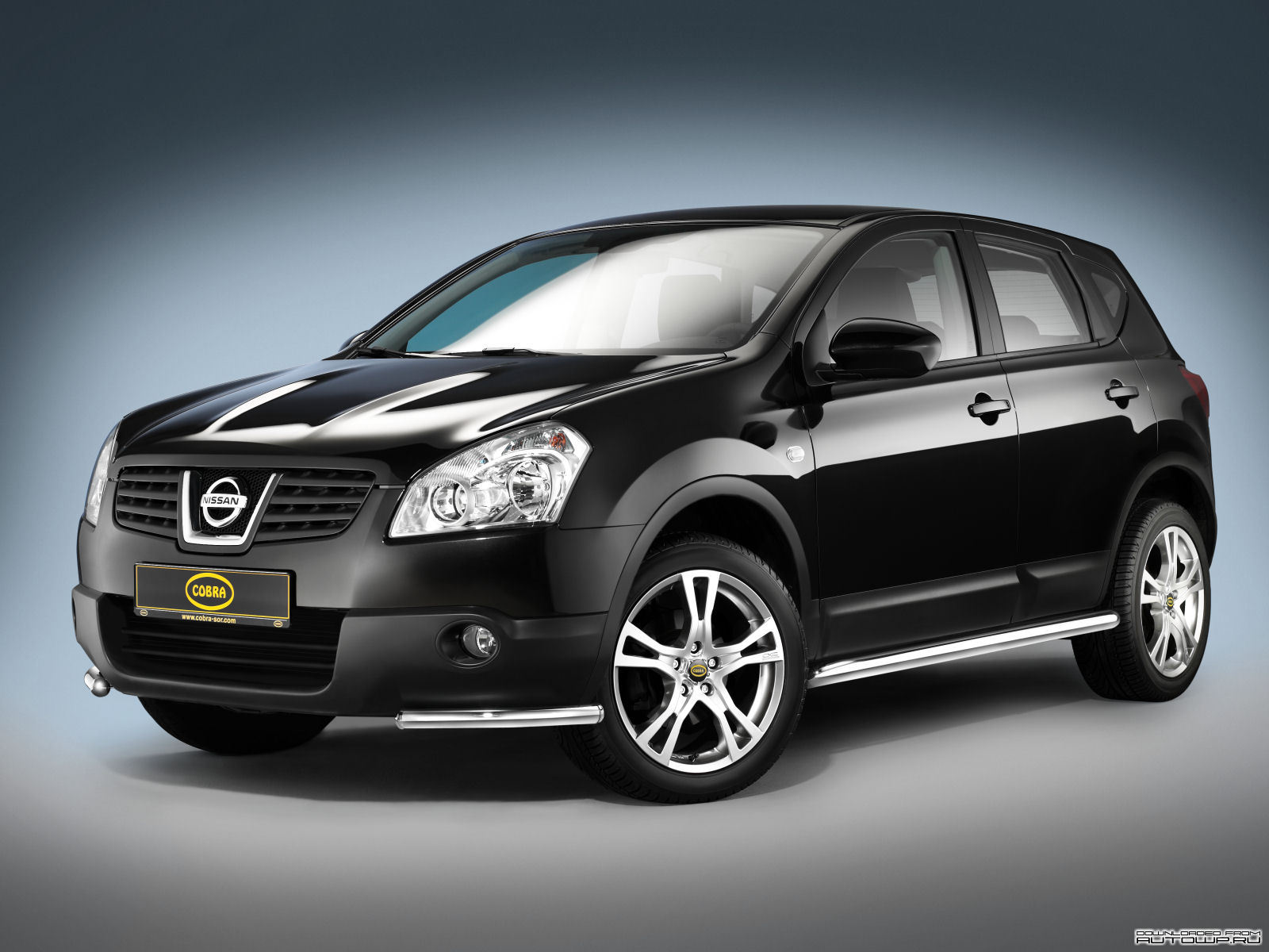 cobra nissan qashqai photos photogallery with 7 pics. Black Bedroom Furniture Sets. Home Design Ideas