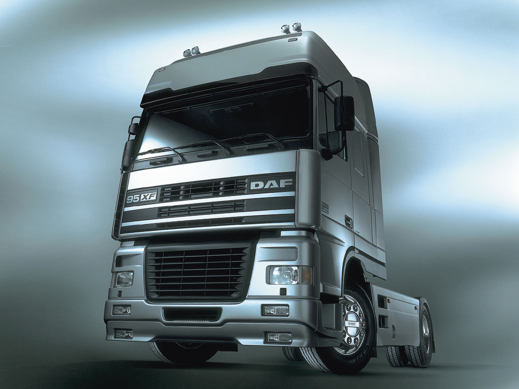 Daf Xf Photos Photogallery With 3 Pics Carsbase Com