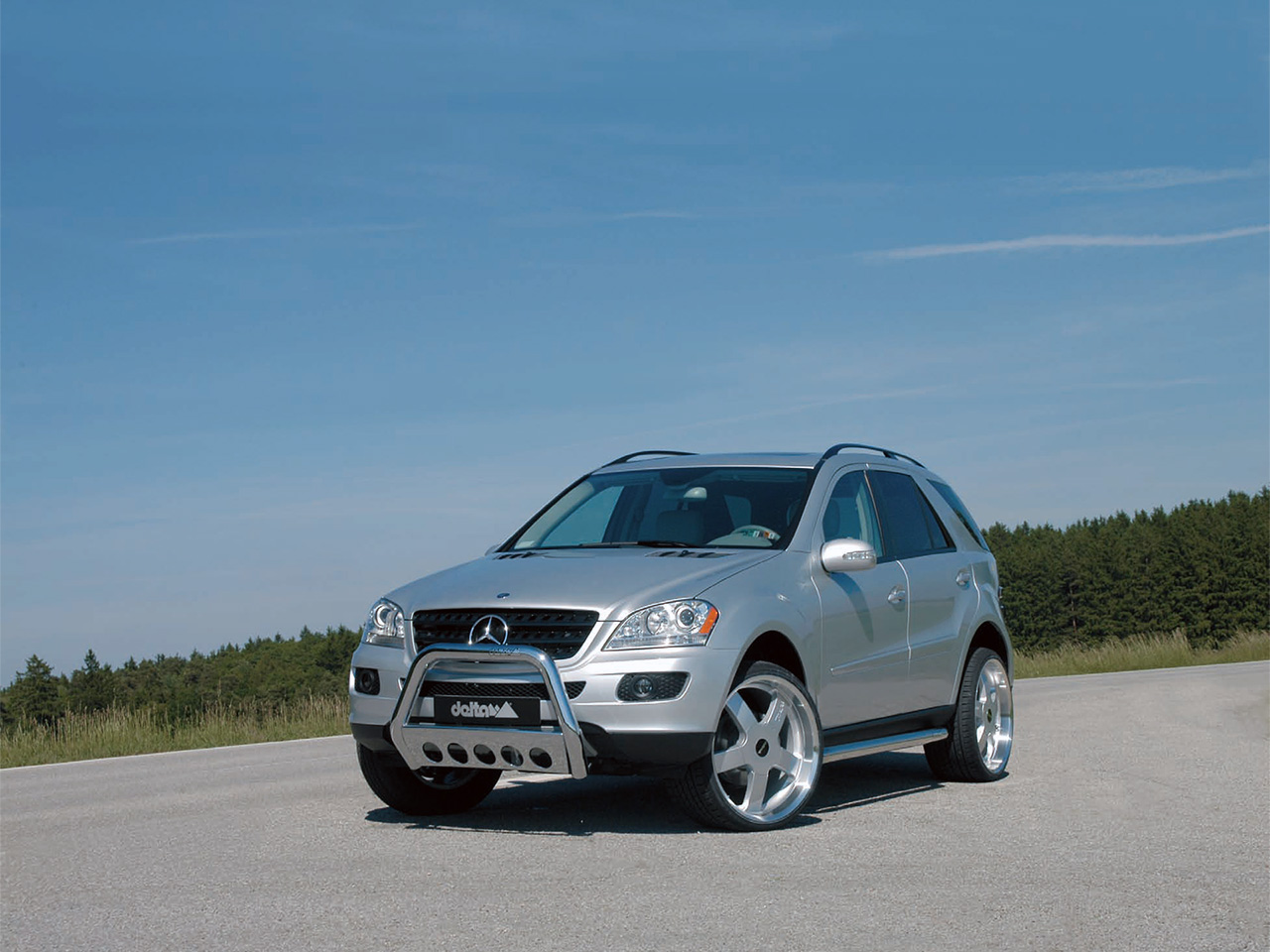 delta 4x4 mercedes ml photos photogallery with 1 pics. Black Bedroom Furniture Sets. Home Design Ideas