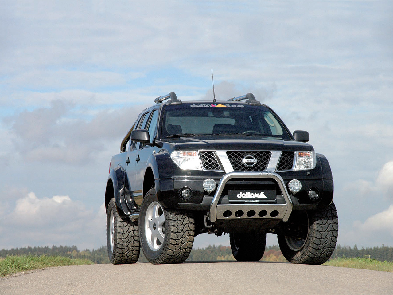 delta 4x4 nissan navara photos photogallery with 1 pics. Black Bedroom Furniture Sets. Home Design Ideas