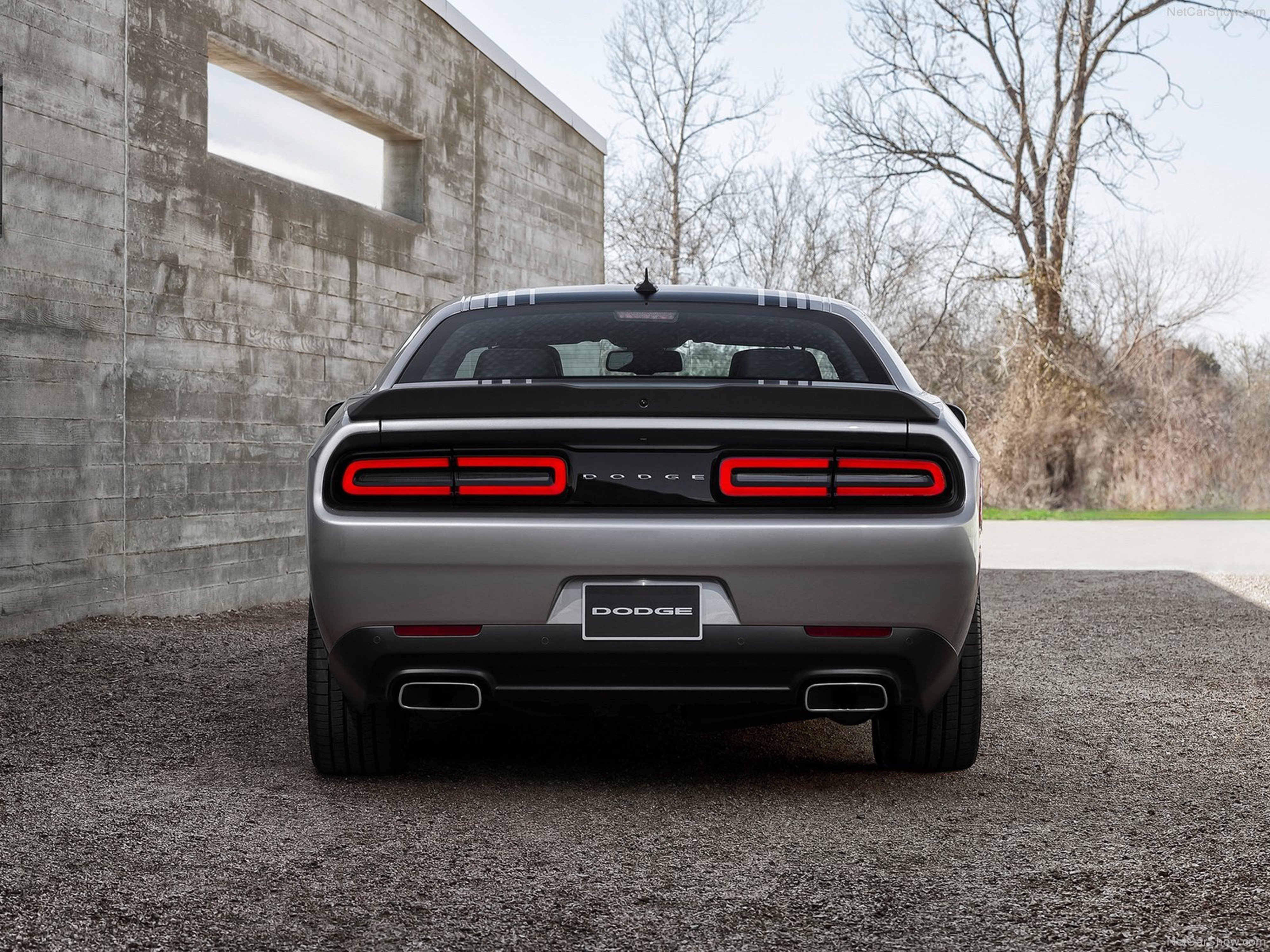 New dodge challenger pictures