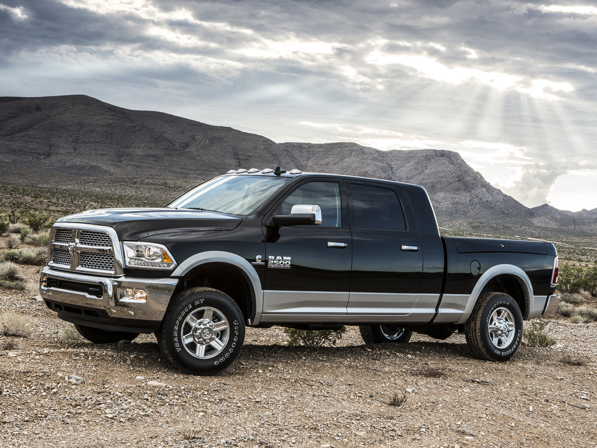 dodge ram 2500 photos photogallery with 22 pics. Black Bedroom Furniture Sets. Home Design Ideas