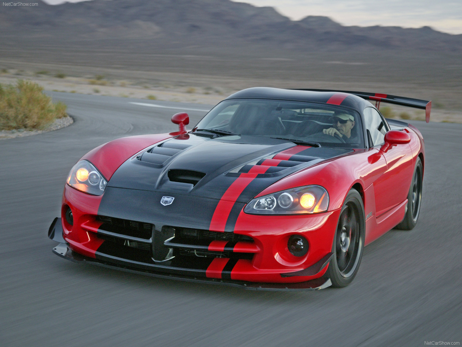 Dodge Viper SRT-10 ACR photos - PhotoGallery with 11 pics ...