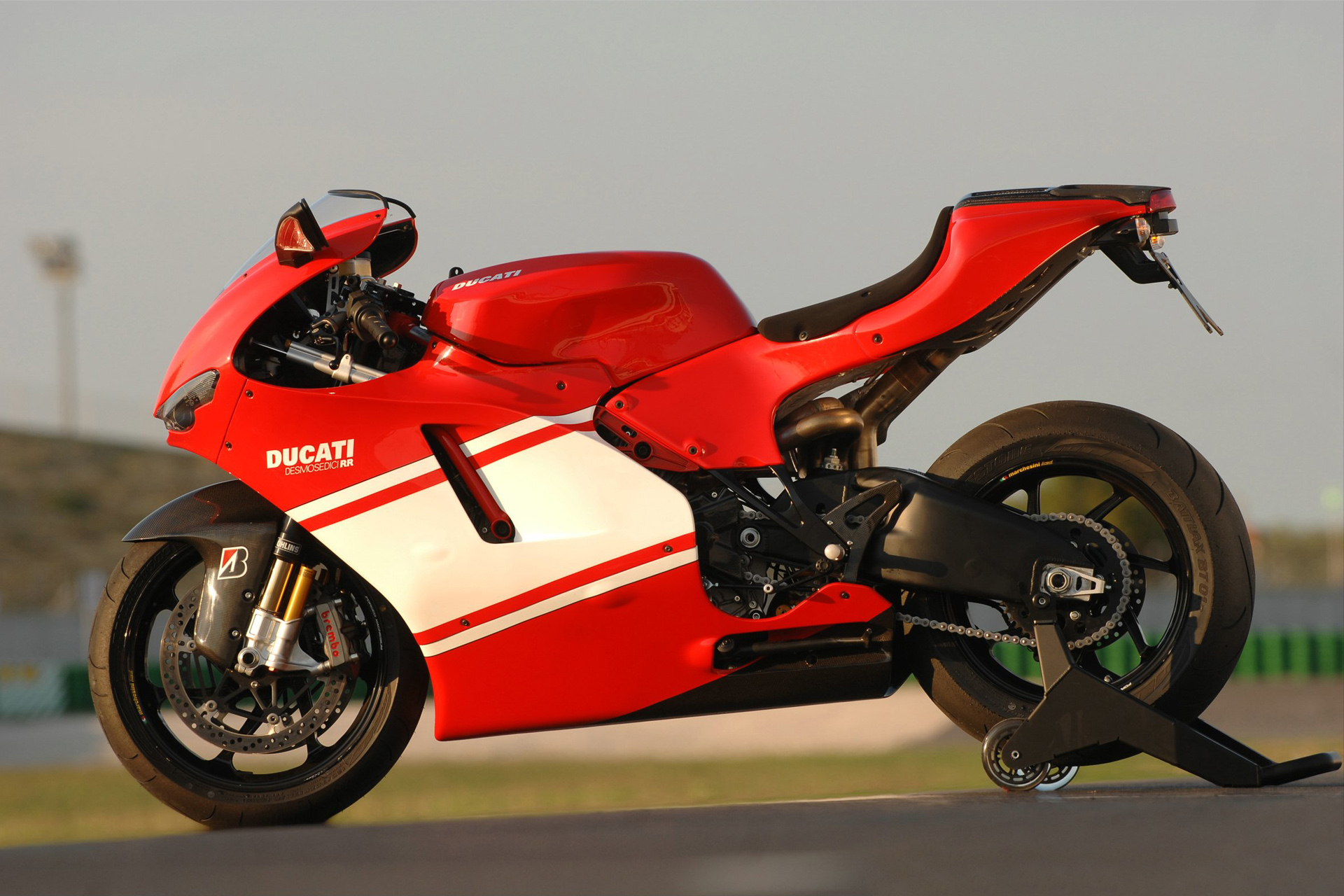 Ducati Desmosedici Rr Photos Photogallery With 5 Pics